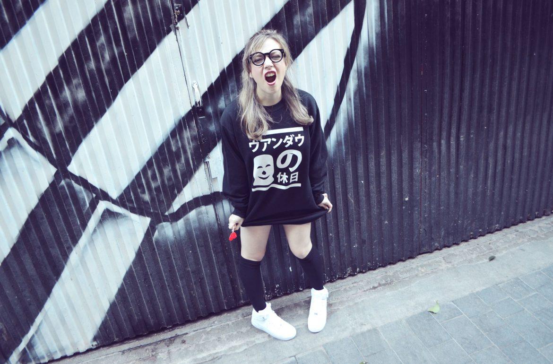 chicadicta-chic-adicta-fashion-blogger-sudaderas-de-invierno-fashion-street-style-gafas-vintage-nike-air-force-1-look-90s-outfit-normcore-girl-kawaii-look-piensaenchic-piensa-en-chic