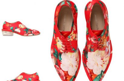 Simone-Rocha-derby-shoes-oxfords-de-flores-fashionista-moda-zapatos-red-shoes-luxury-style-PiensaenChic-Piensa-en-Chic