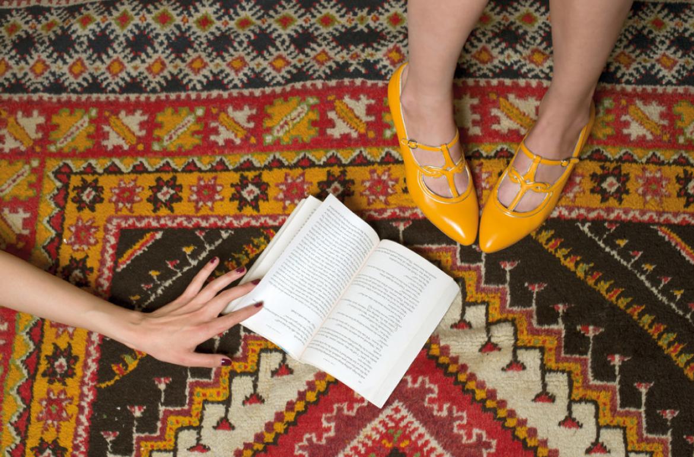 Zapatos-vintage-Liudmila-fashion-shoes-princess-style-blog-de-moda-zapatos-mostaza-PiensaenChic-Piensa-en-Chic