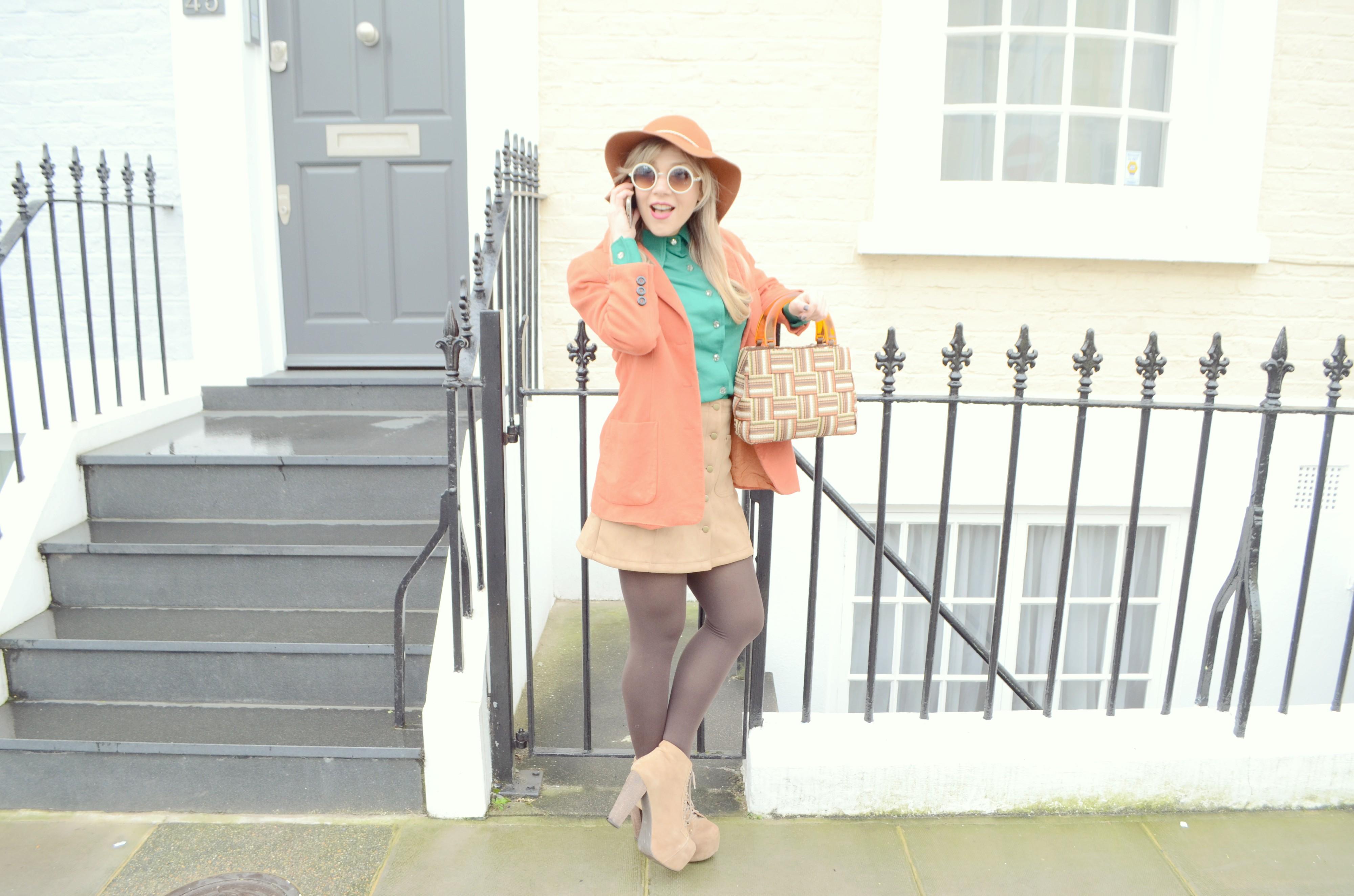 Blog-de-moda-ante-skirt-look-JustFab-outfit-green-spring-top-Jeffrey-Campbell-shoes-PiensaenChic-Piensa-en-Chic