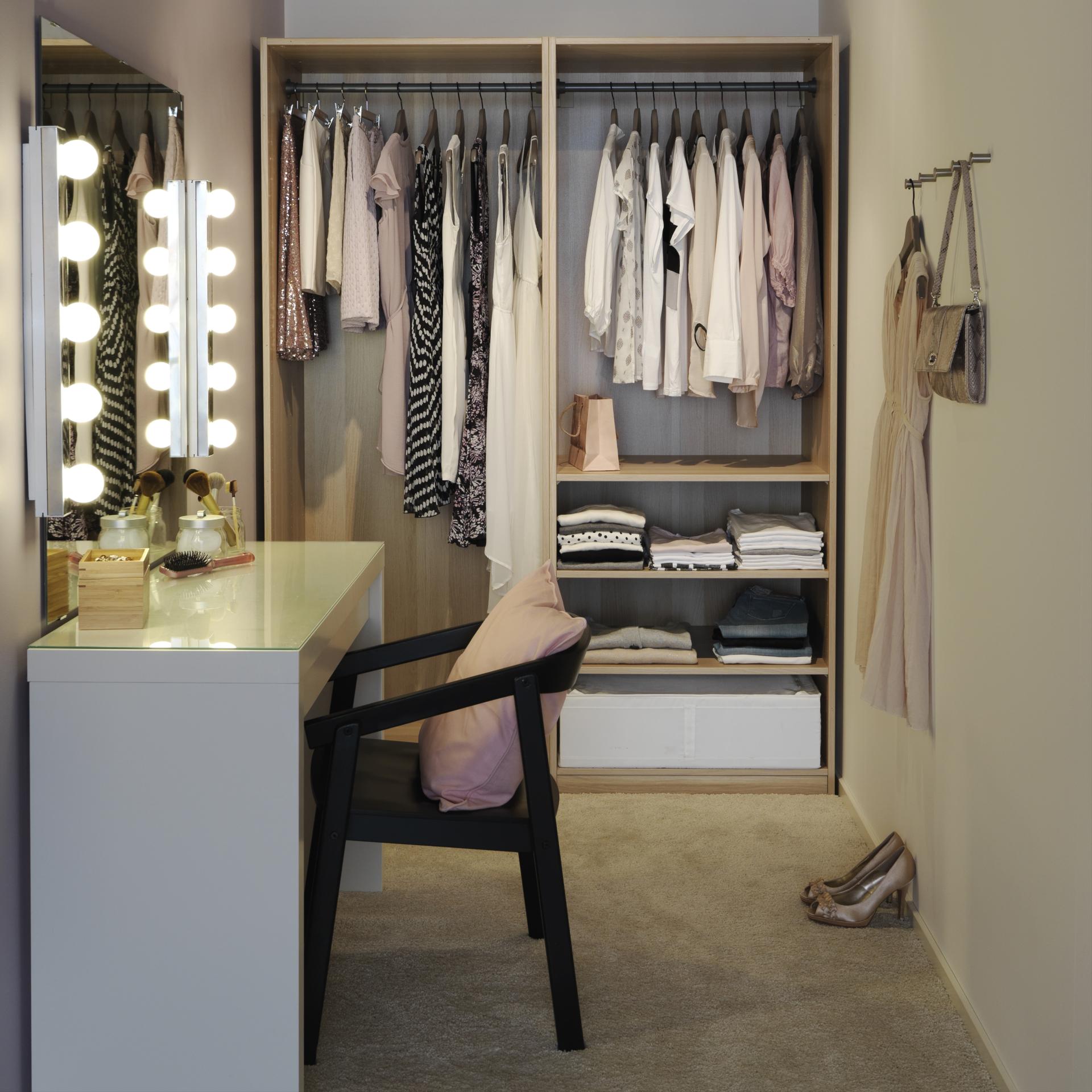Ideas para organizar tu habitaci n piensa en chic - Habitacion con tocador ...