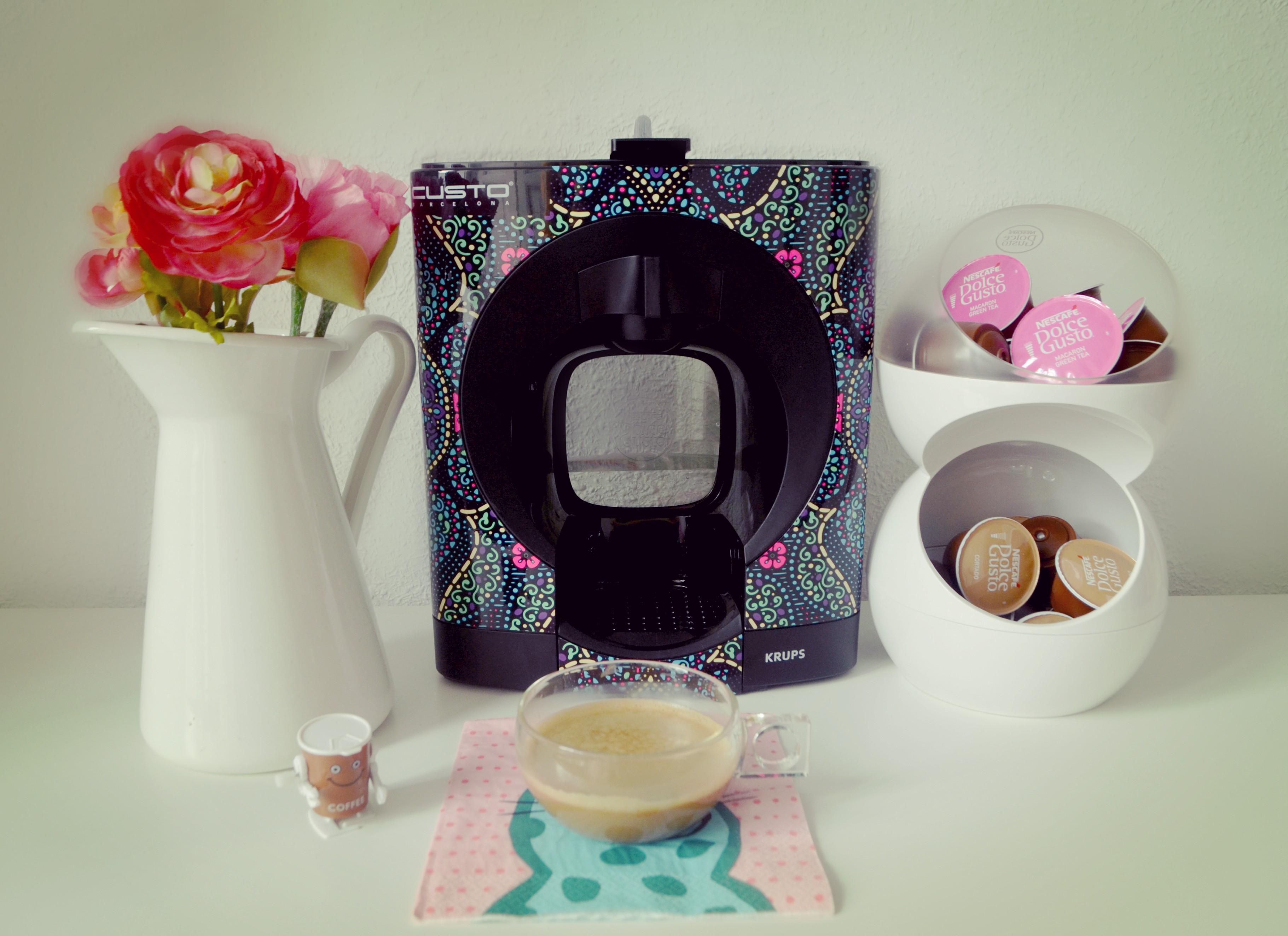 nescafe-dolce-gusto-oblo-custo-edicion-limitada-fashionista-blog-de-moda-fashion-coffee-mejores-cafeteras-de-capsulas-piensaenchic-piensa-en-chic