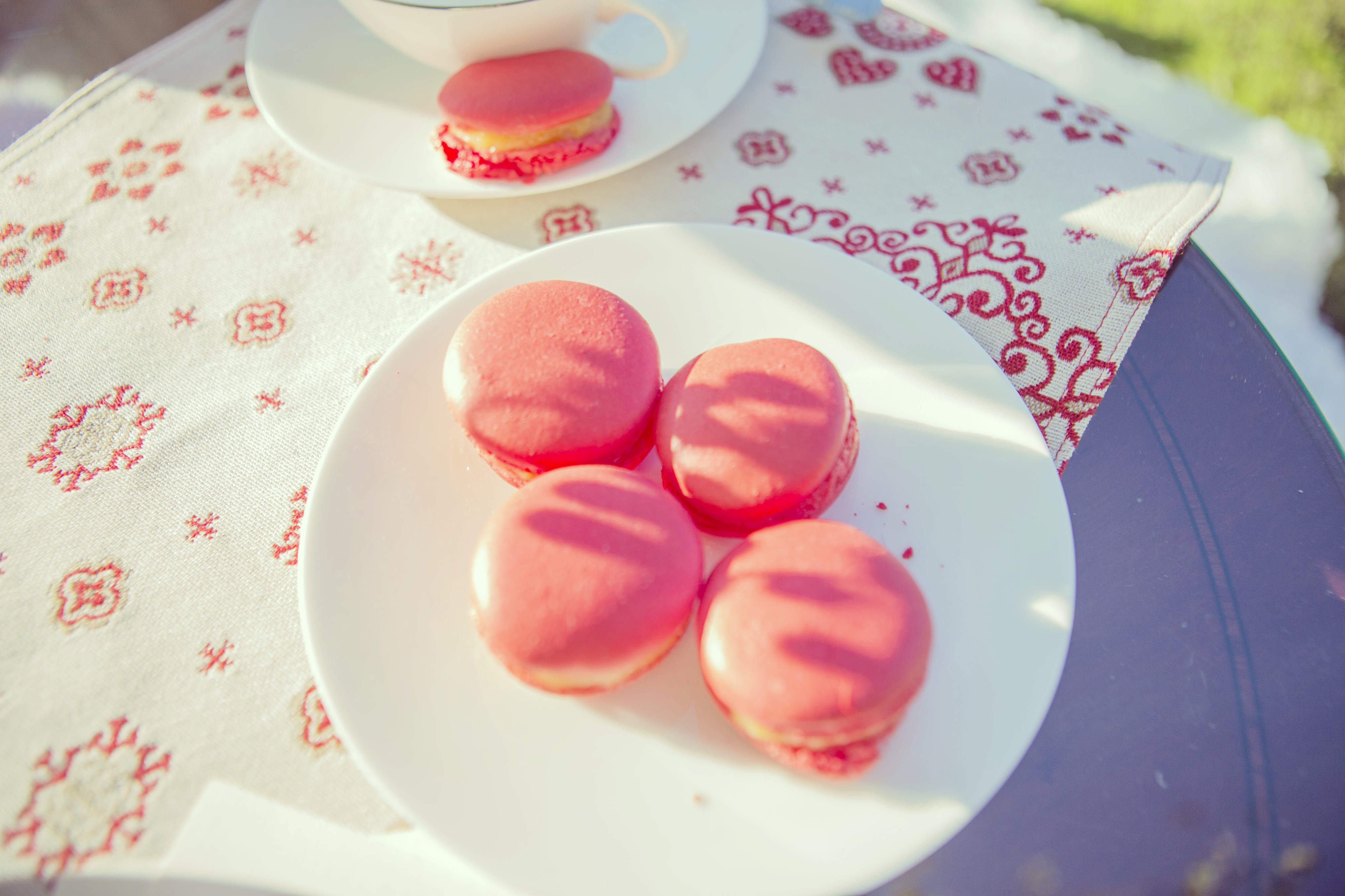 tartas-madina-remezal-blog-de-moda-fashionista-chicadicta-macarons-para-bodas-chic-adicta-patricia-knabe-fotografa-de-novias-piensaenchic-piensa-en-chic