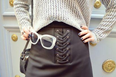 Faldas-trenzadas-blog-de-moda-ChicAdicta-Amichi-Madrid-Chic-Adicta-Monki-sunglasses-look-plata-silver-outfit-PiensaenChic-Piensa-en-Chic