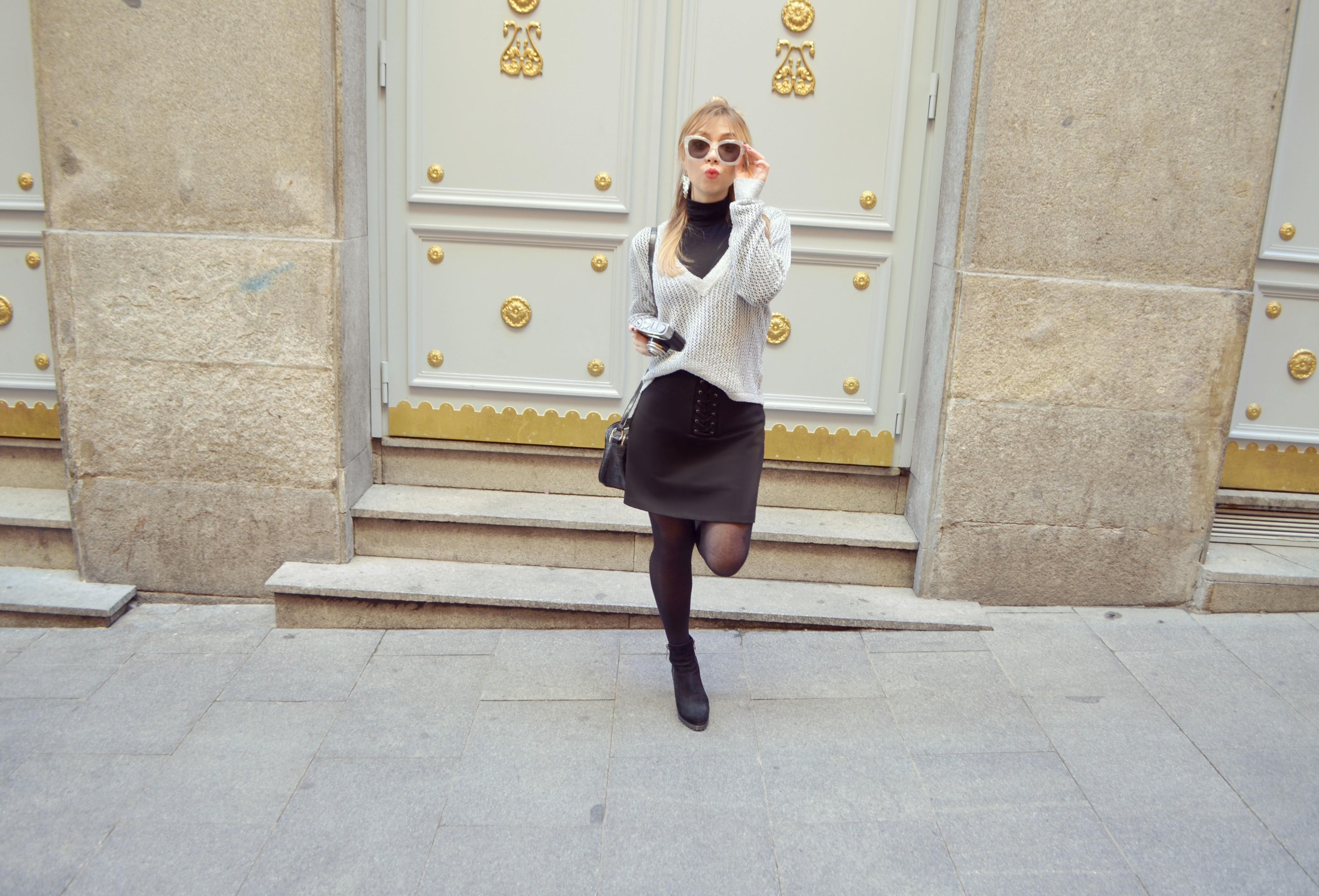 Monki-accessories-blog-de-moda-gafas-blancas-ChicAdicta-fashionista-Chic-Adicta-Amichi-Madrid-look-casual-PiensaenChic-Piensa-en-Chic