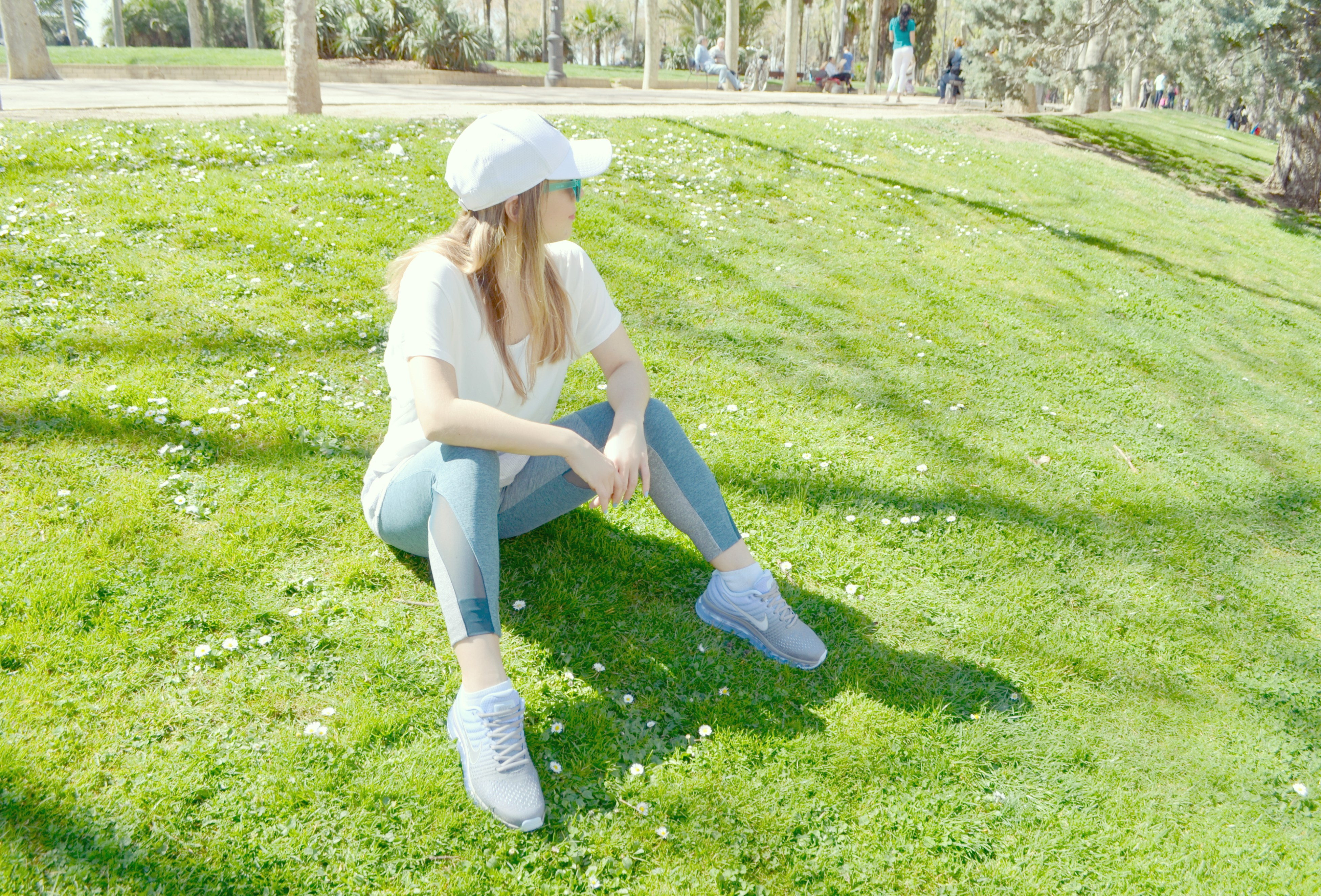 Look-fitness-ChicAdicta-blog-de-moda-Chic-Adicta-JDSports-Espana-Nike-Air-Max-correr-en-Madrid-oysho-outfit-PiensaenChic-Piensa-en-Chic