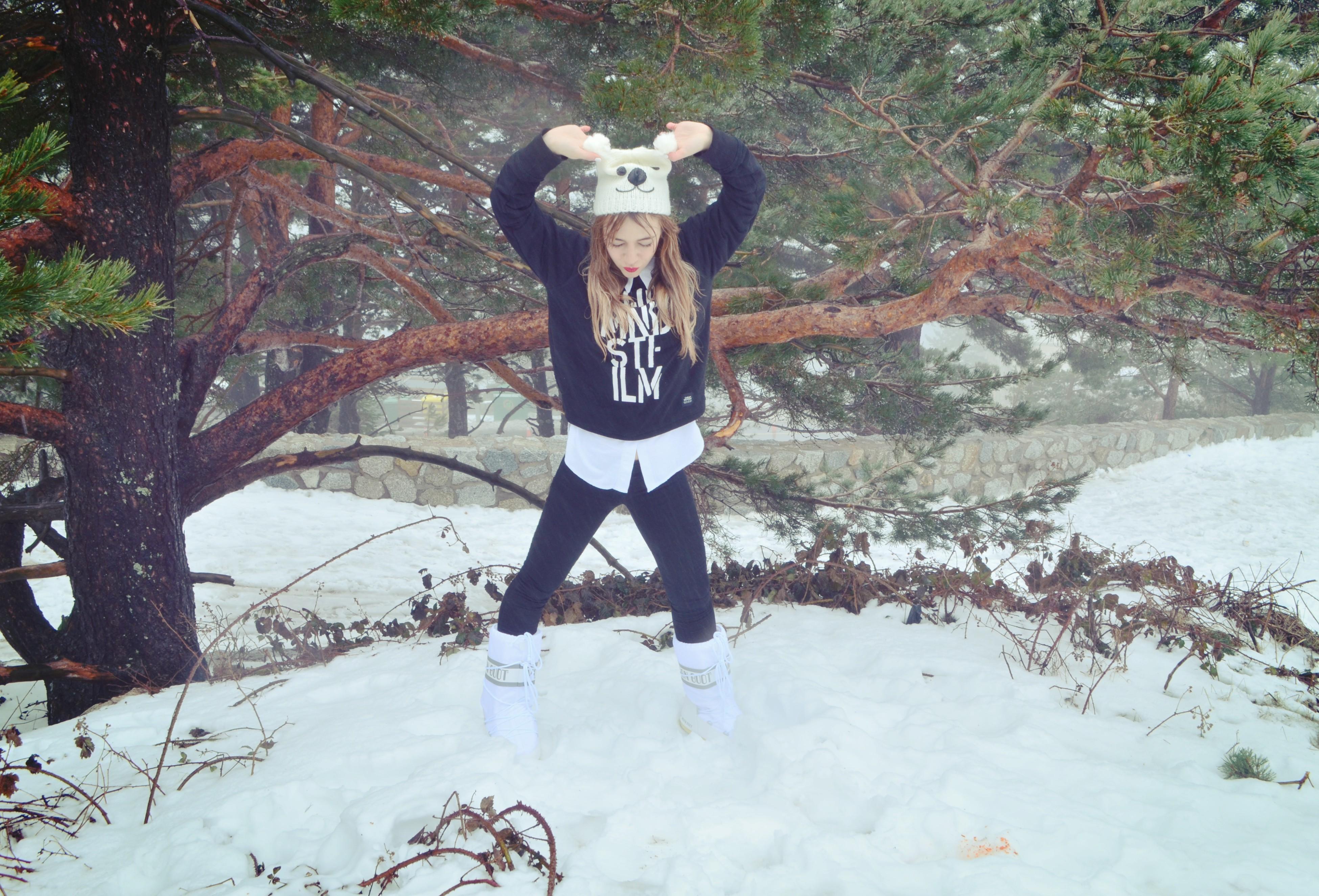 Moon-boot-blog-de-moda-fashionista-ChicAdicta-snow-look-nieve-en-Madrid-Navacerrada-Chic-Adicta-PiensaenChic-Piensa-en-Chic