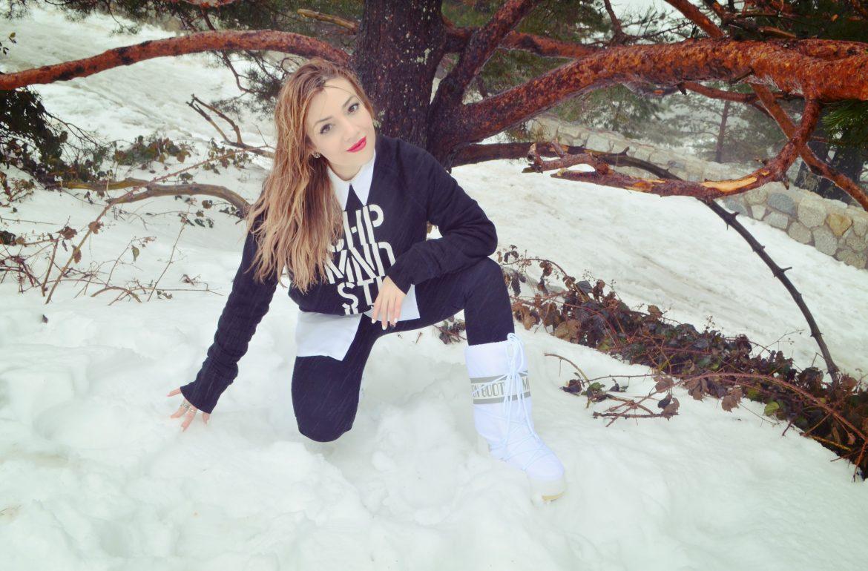 Moon-boot-the-original-snow-booties-blog-de-moda-ChicAdicta-fashionista-Chic-Adicta-look-de-nieve-trendy-style-PiensaenChic-Piensa-en-Chic