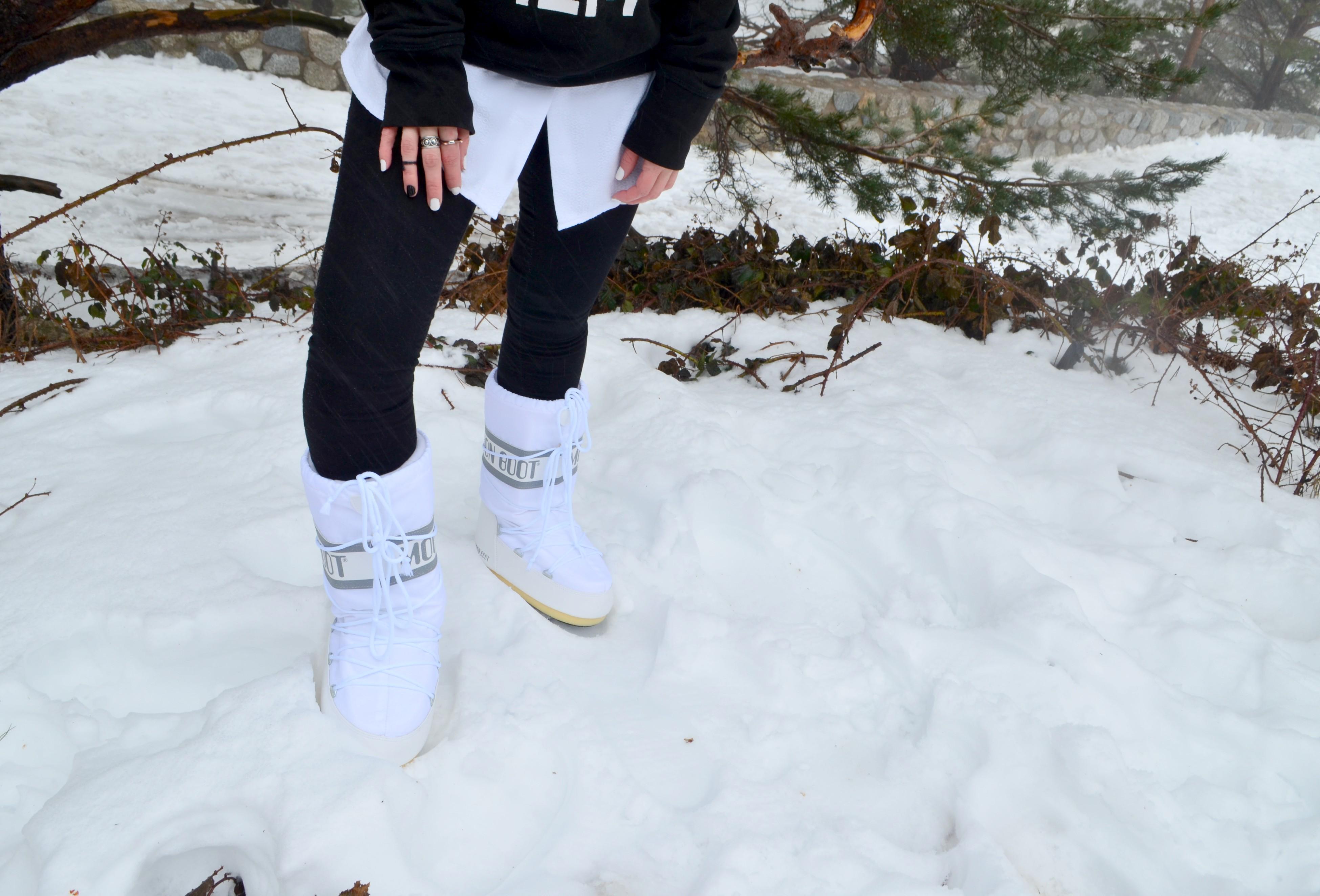 wearemoonboot-blog-de-moda-ChicAdicta-snow-style-Chic-Adicta-fashionista-botas-de-nieve-trendy-girl-PiensaenChic-Piensa-en-Chic