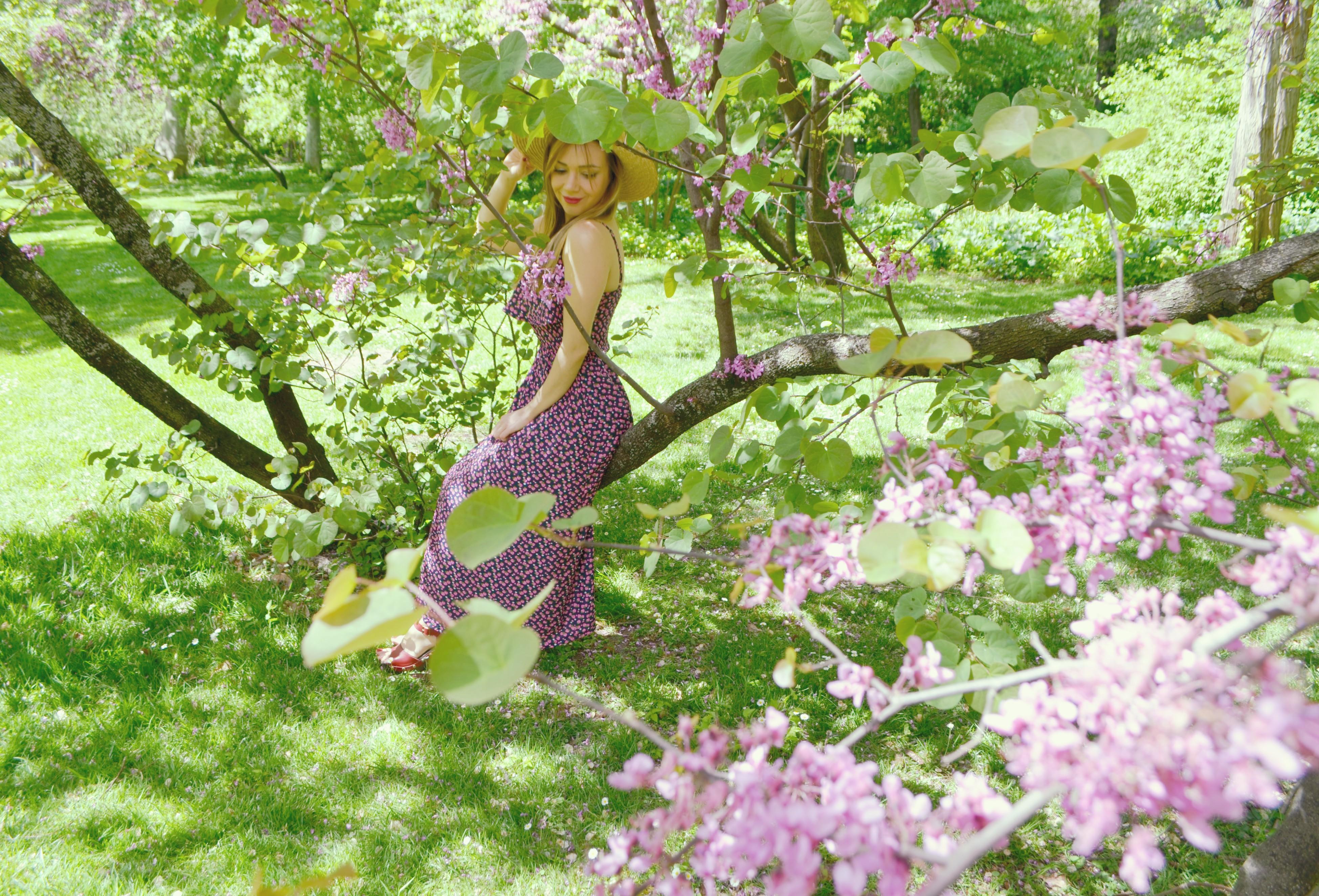 Blog-de-moda-influencer-Madrid-vestidos-de-primavera-ChicAdicta-trakabarraka-fashionista-Parque-el-capricho-Chic-Adicta-PiensaenChic-Piensa-en-Chic