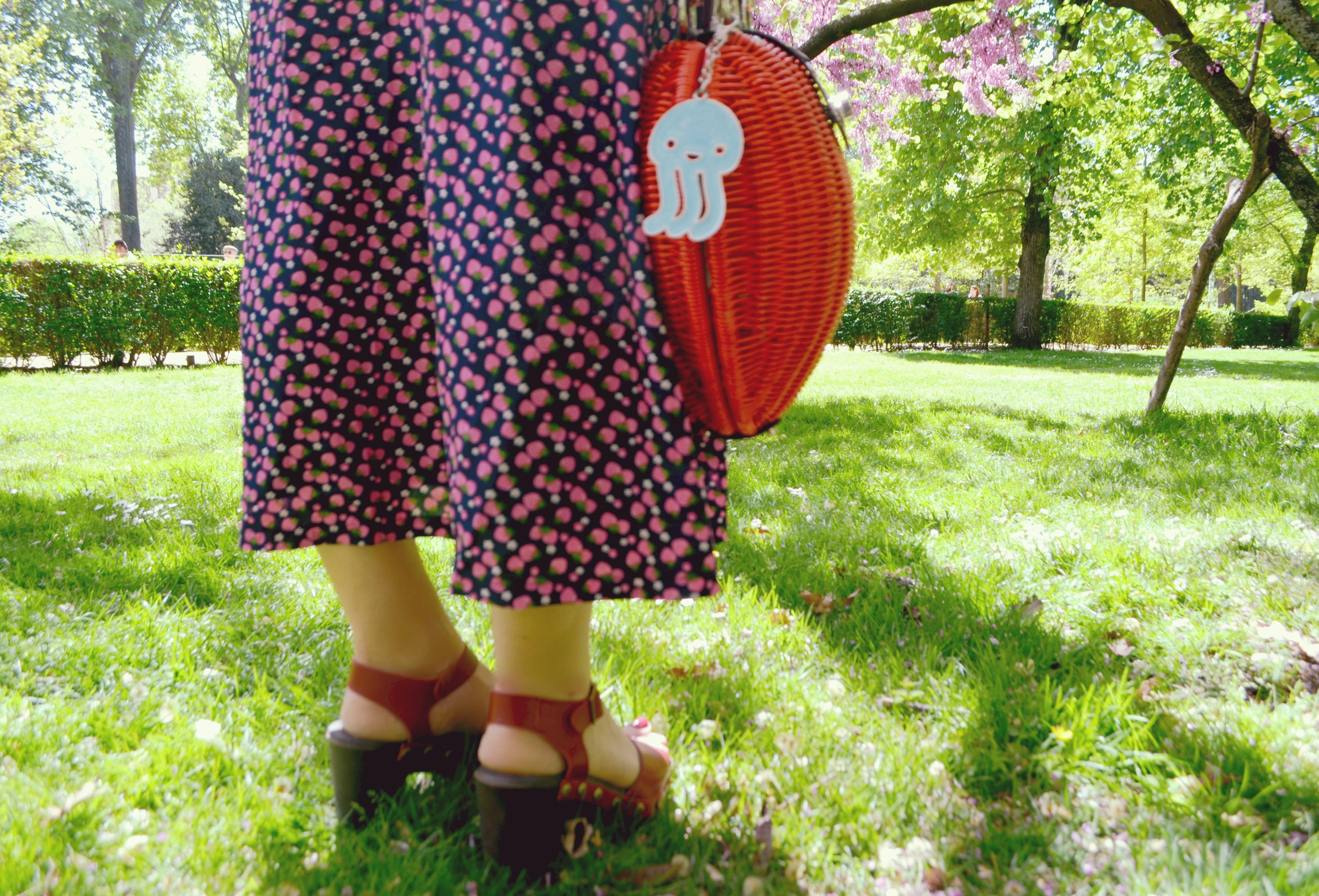Bolso-kling-blog-de-moda-fashionista-ChicAdicta-sandalias-trakabarraka-Chic-Adicta-vestidos-largos-spring-outfit-influencer-Madrid-PiensaenChic-Piensa-en-Chic