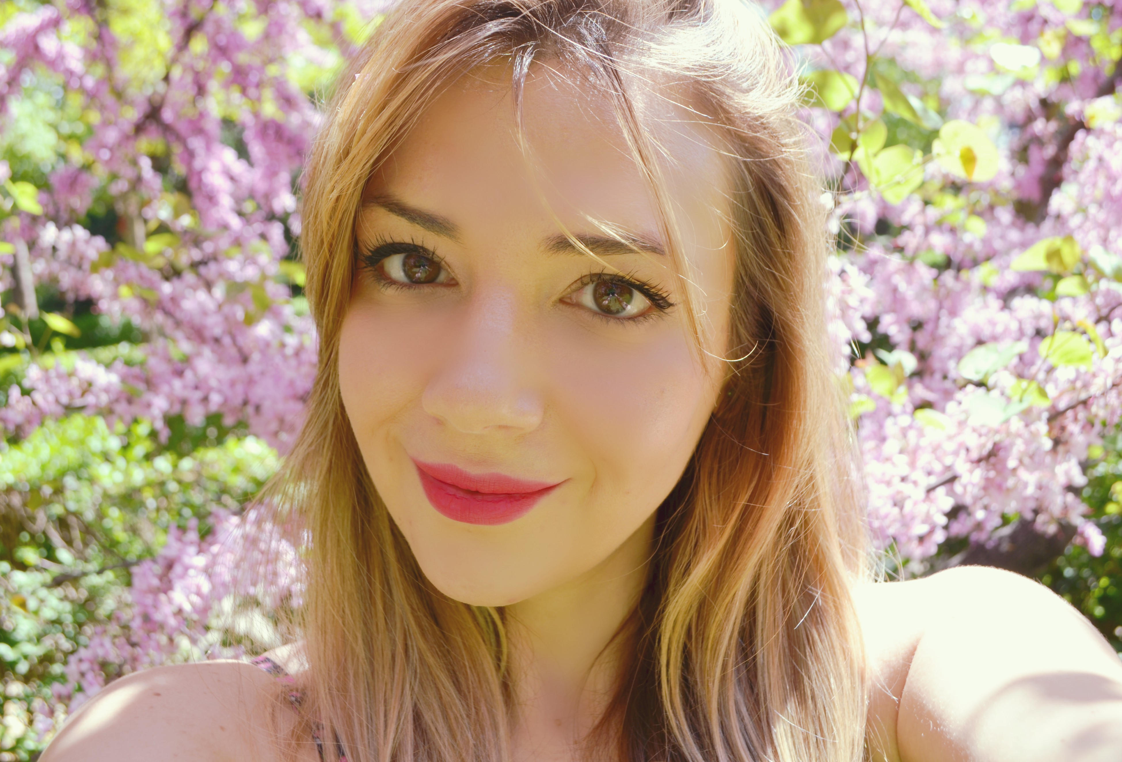 ChicAdicta-blog-de-moda-fashionista-Chic-Adicta-influencer-madrid-look-de-primavera-Thebodyshop-lipstick-PiensaenChic-Piensa-en-Chic
