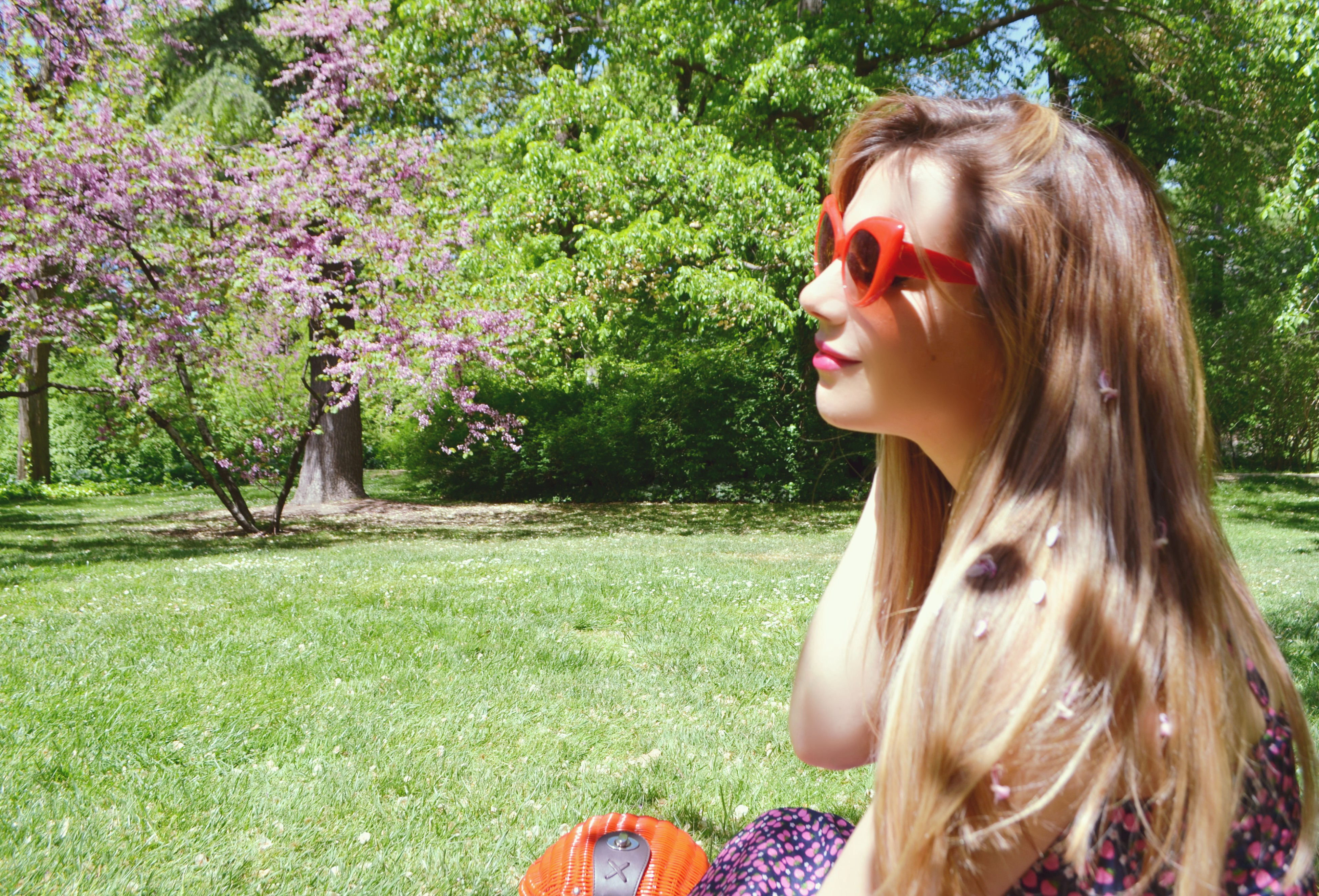 ChicAdicta-blog-de-moda-influencer-Madrid-fashionista-Chic-Adicta-retro-sunglasses-look-de-primavera-trakabarraka-PiensaenChic-Piensa-en-Chic