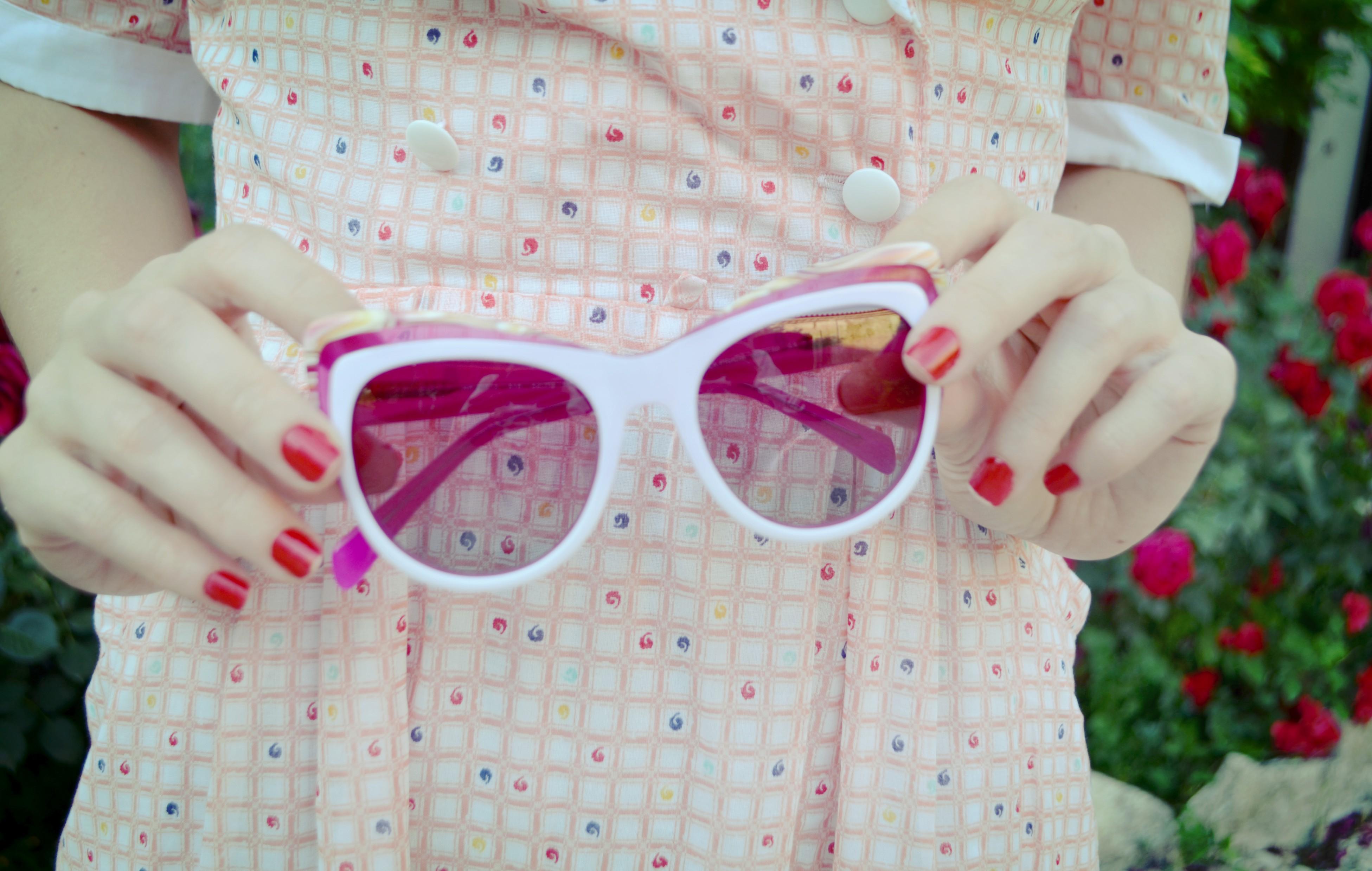 Gafas-de-sol-agatha-ruiz-de-la-prada-vestidos-vintage-de-verano-ChicAdicta-blog-de-moda-Chic-Adicta-cleansing-florette-PiensaenChic-Piensa-en-Chic