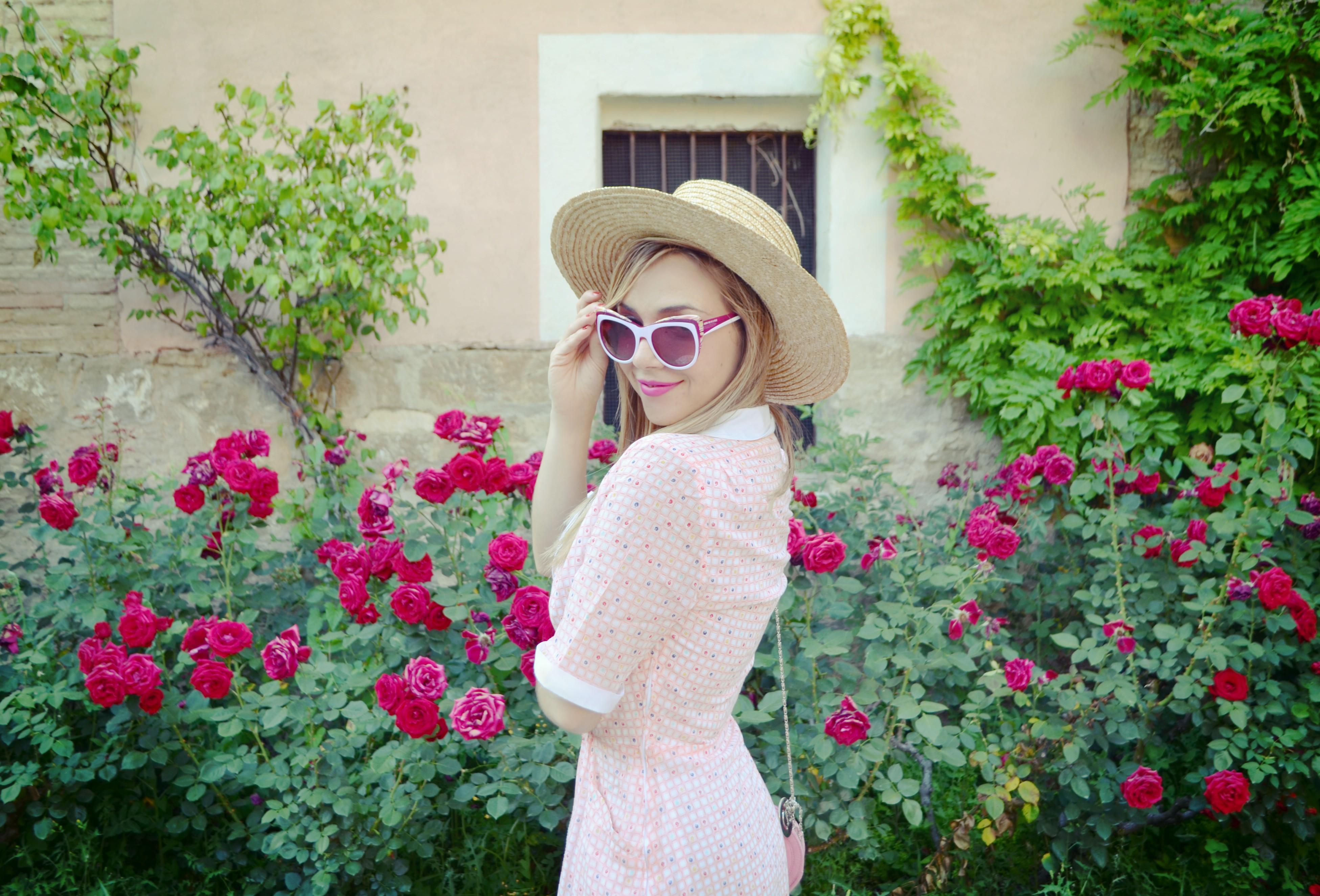 Influencer-Madrid-blog-de-moda-ChicAdicta-fashionista-Chic-Adicta-vestidos-de-flores-vintage-look-cleansingflorette-PiensaenChic-Piensa-en-Chic