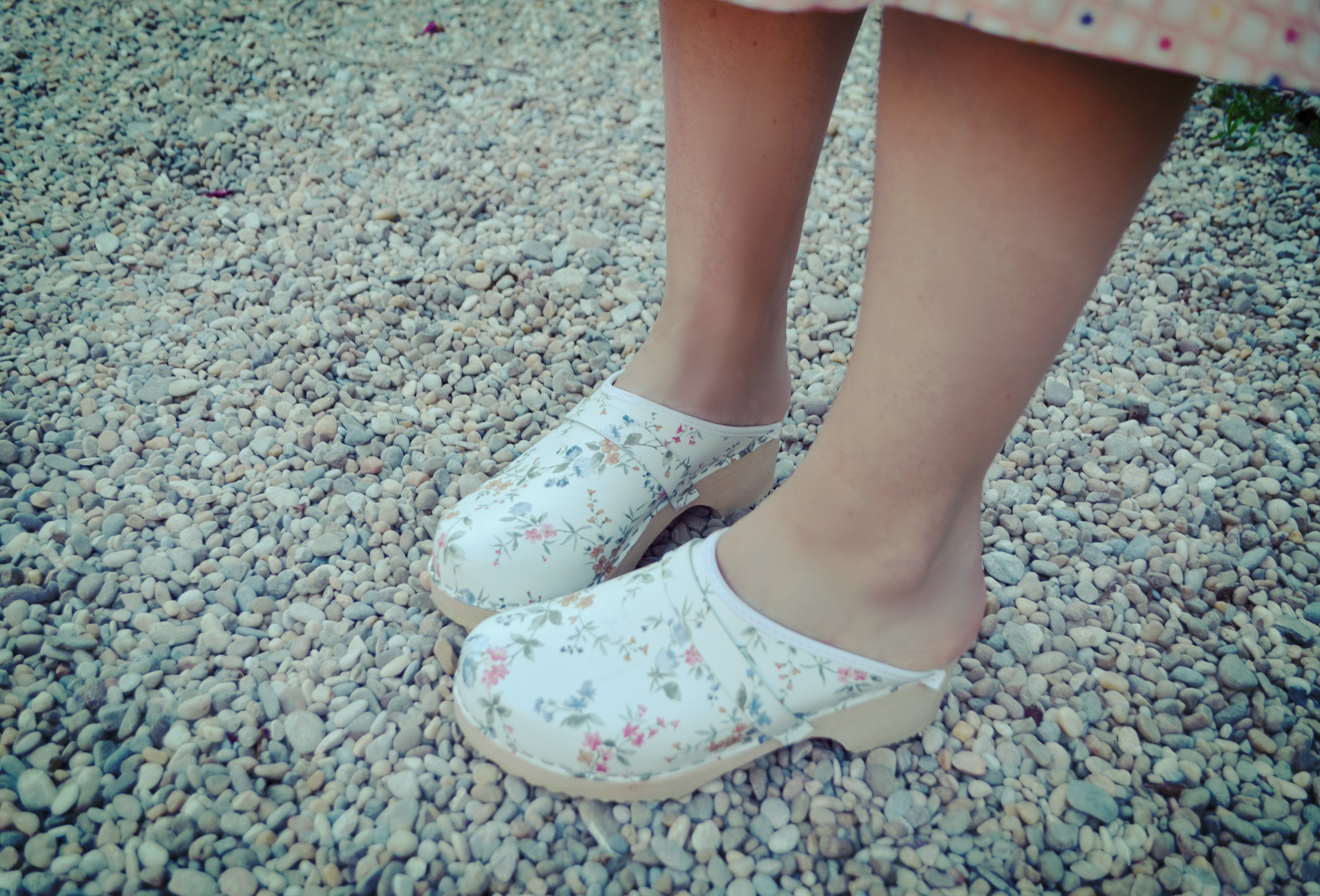Suecos-de-flores-blog-de-moda-ChicAdicta-viaje-florette-influencers-flowers-shoes-Chic-Adicta-PiensaenChic-Piensa-en-Chic