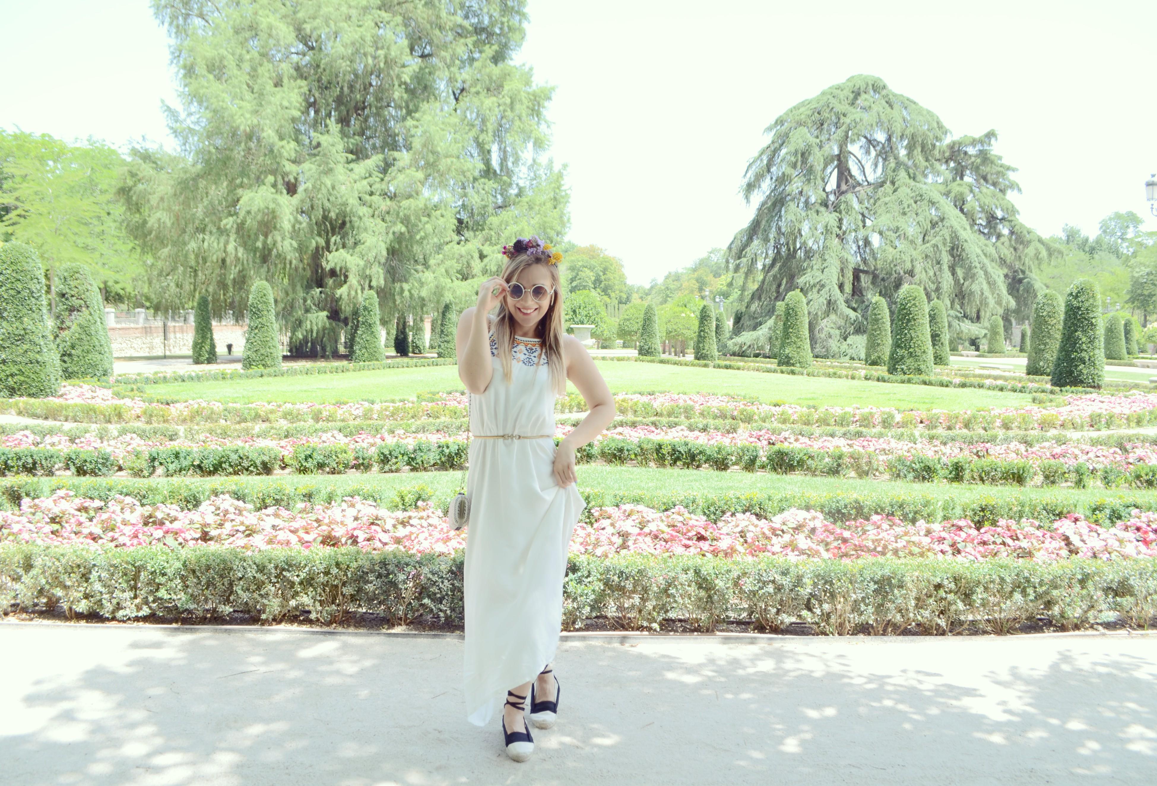 Surkana-look-vestidos-largos-de-verano-ChicAdicta-blog-de-moda-Chic-Adicta-outfit-con-alpargatas-Madrid-street-style-PiensaenChic-Piensa-en-Chic