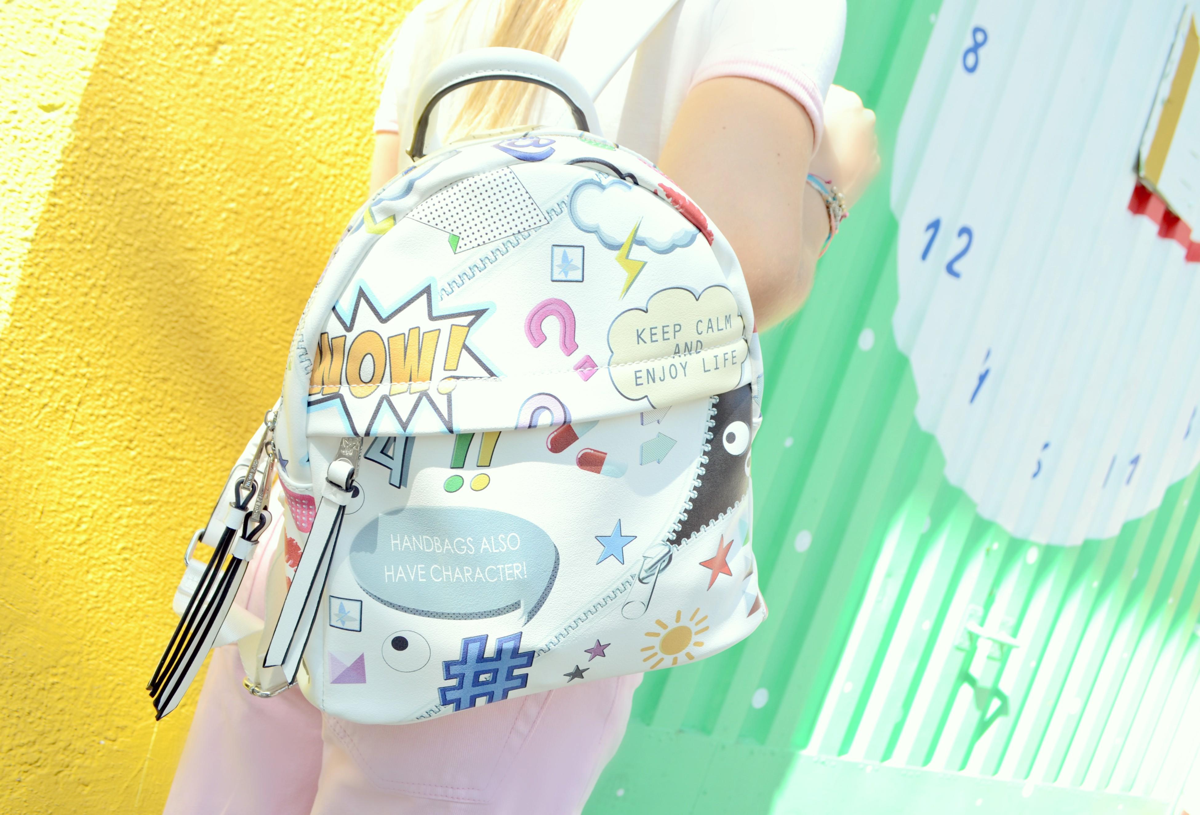 fashion-90s-bolsos-pepe-moll-ChicAdicta-blog-de-moda-Chic-Adicta-influencer-spain-funny-bags-primark-outfit-PiensaenChic-Piensa-en-Chic
