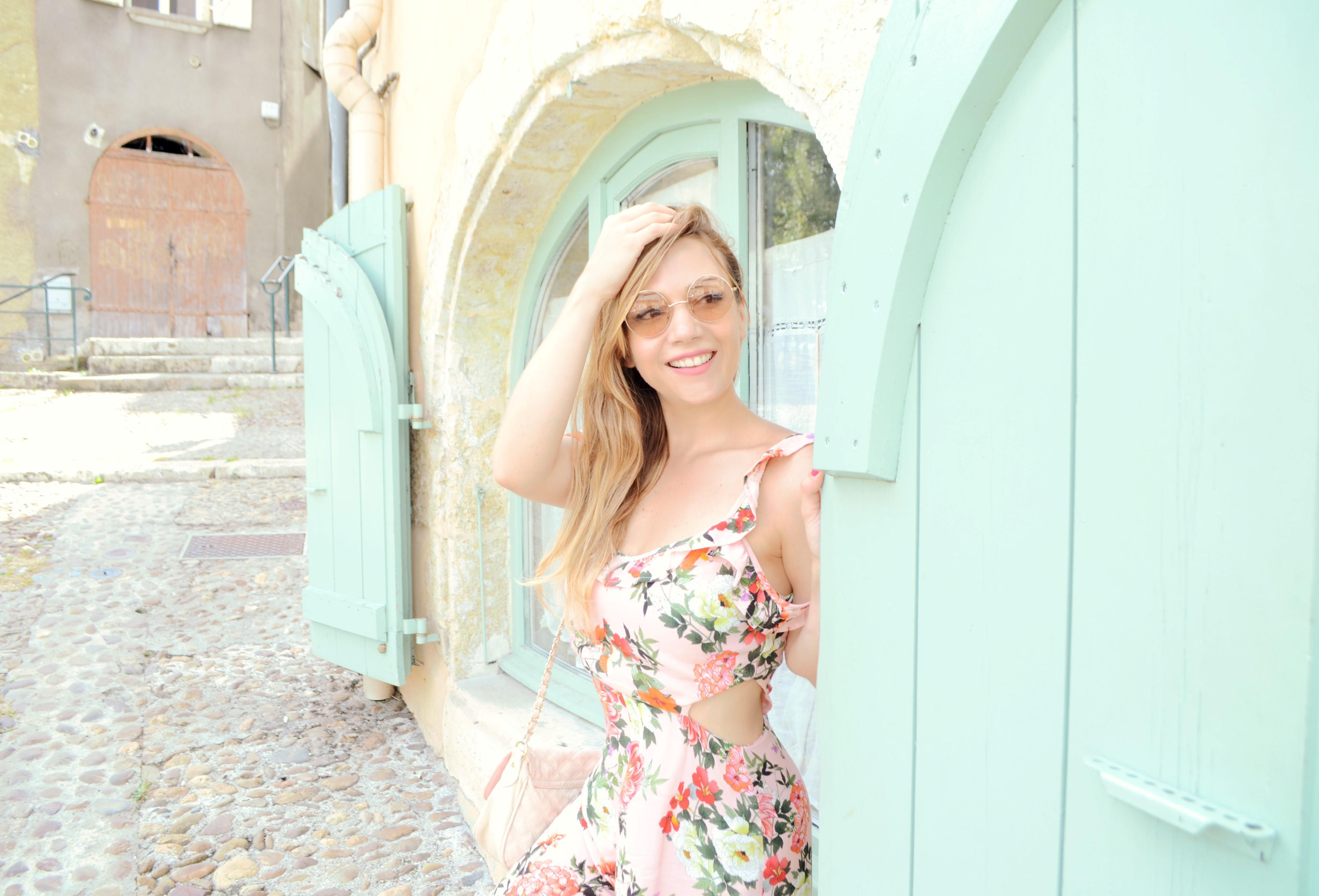 Blog-de-moda-fashionista-ChicAdicta-influencer-Chic-Adicta-fashiontravel-pastel-vans-jdsports-PiensaenChic-Piensa-en-Chic