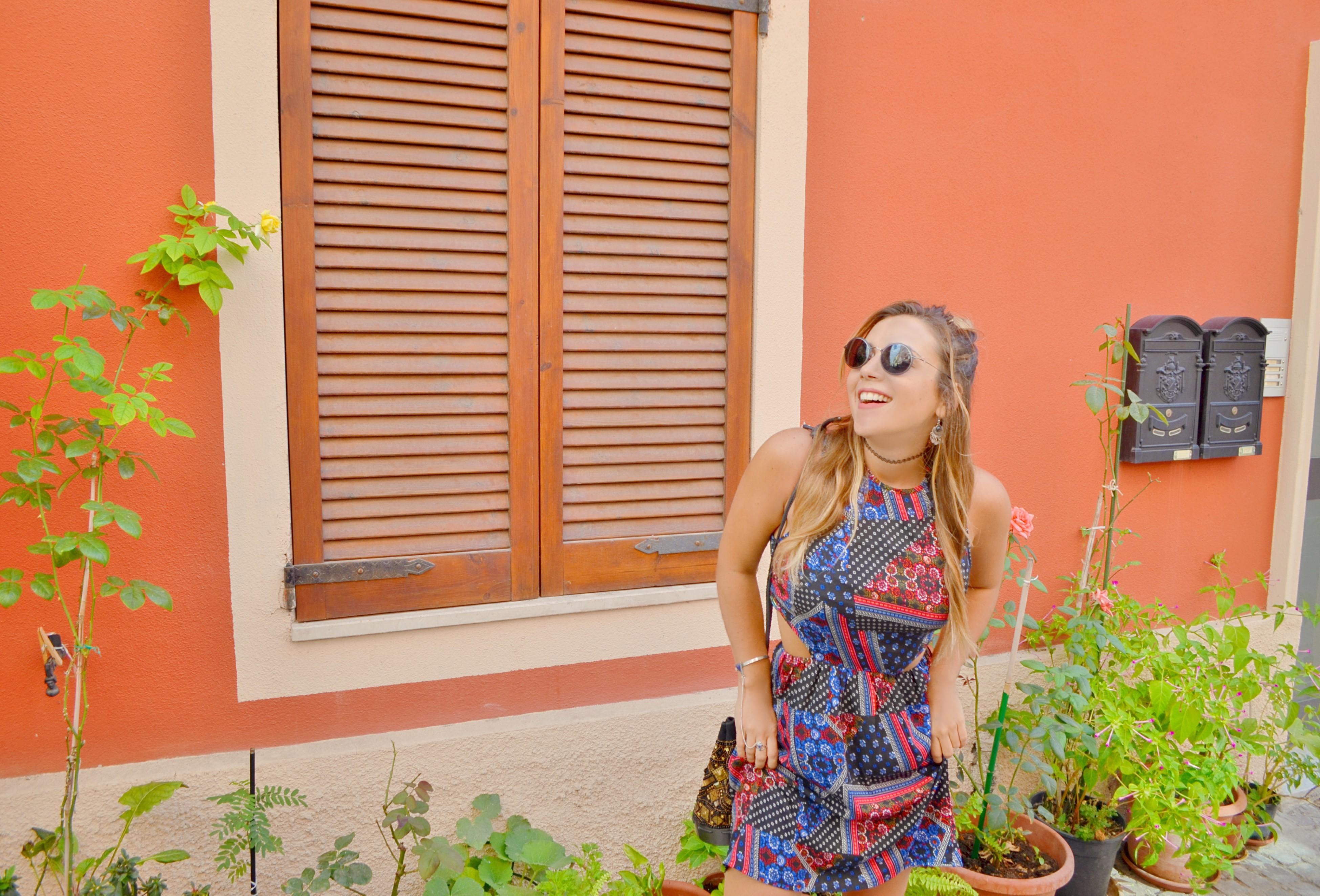 Vestidos-estampados-fashionista-ChicAdicta-influencer-Chic-Adicta-blog-de-moda-silhouette-sunglasses-PiensaenChic-Piensa-en-Chic