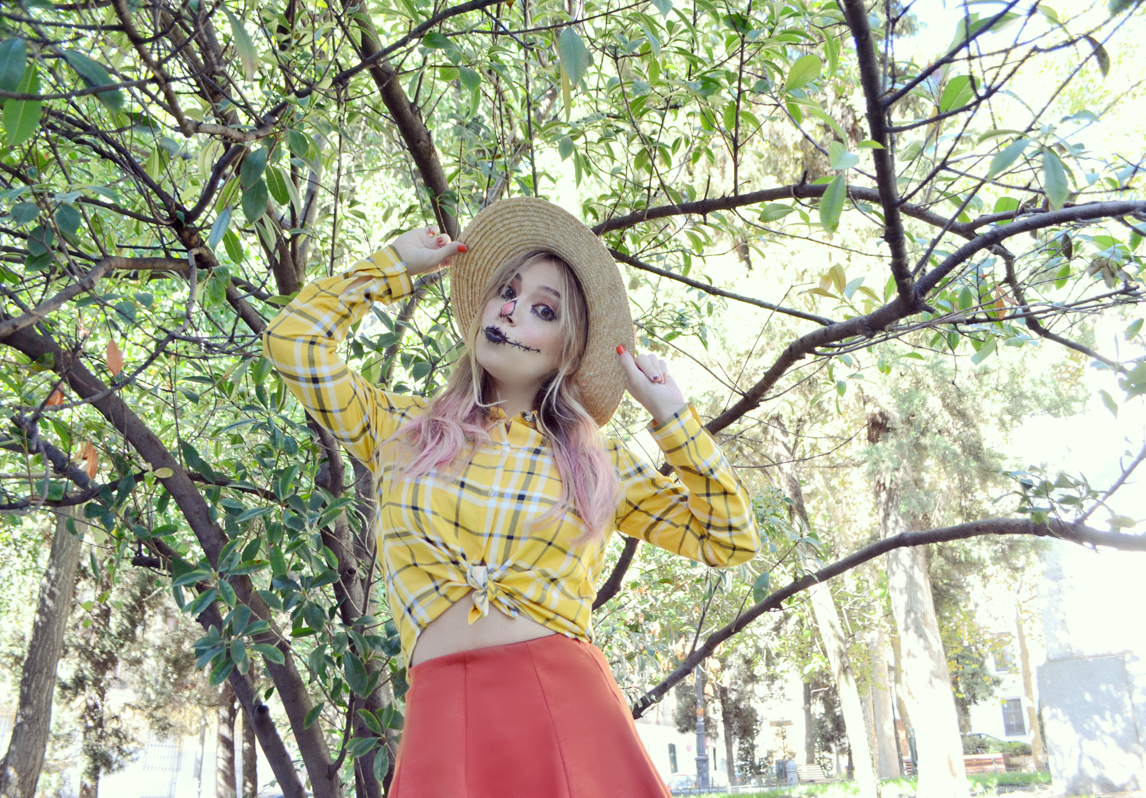 scarecrow-costume-halloween-blog-de-moda-fashionista-ChicAdicta-influencer-Chic-Adicta-maquillaje-a-domicilio-urvan-Madrid-PiensaenChic-Piensa-en-Chic