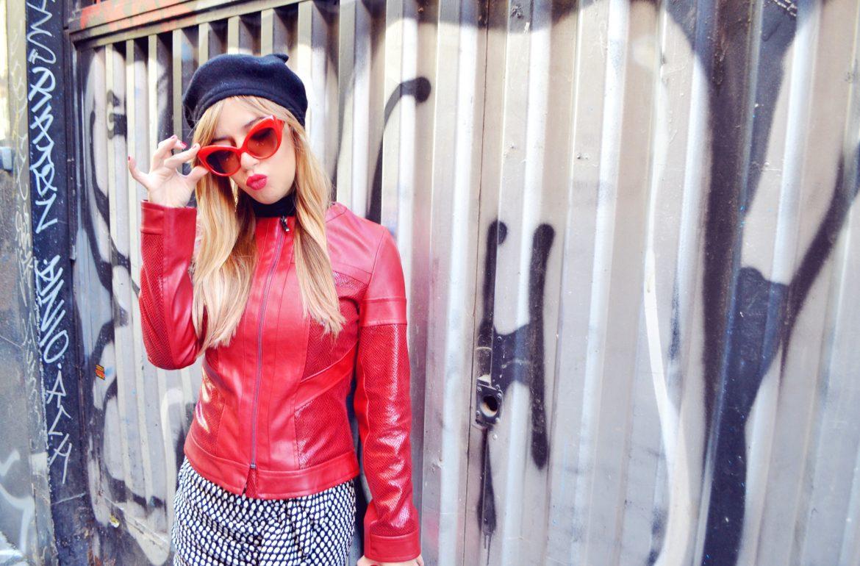 Look-de-otono-blog-de-moda-ChicAdicta-fashionista-Chic-Adicta-influencer-look-arggido-chaqueta-roja-PiensaenChic-Piensa-en-Chic