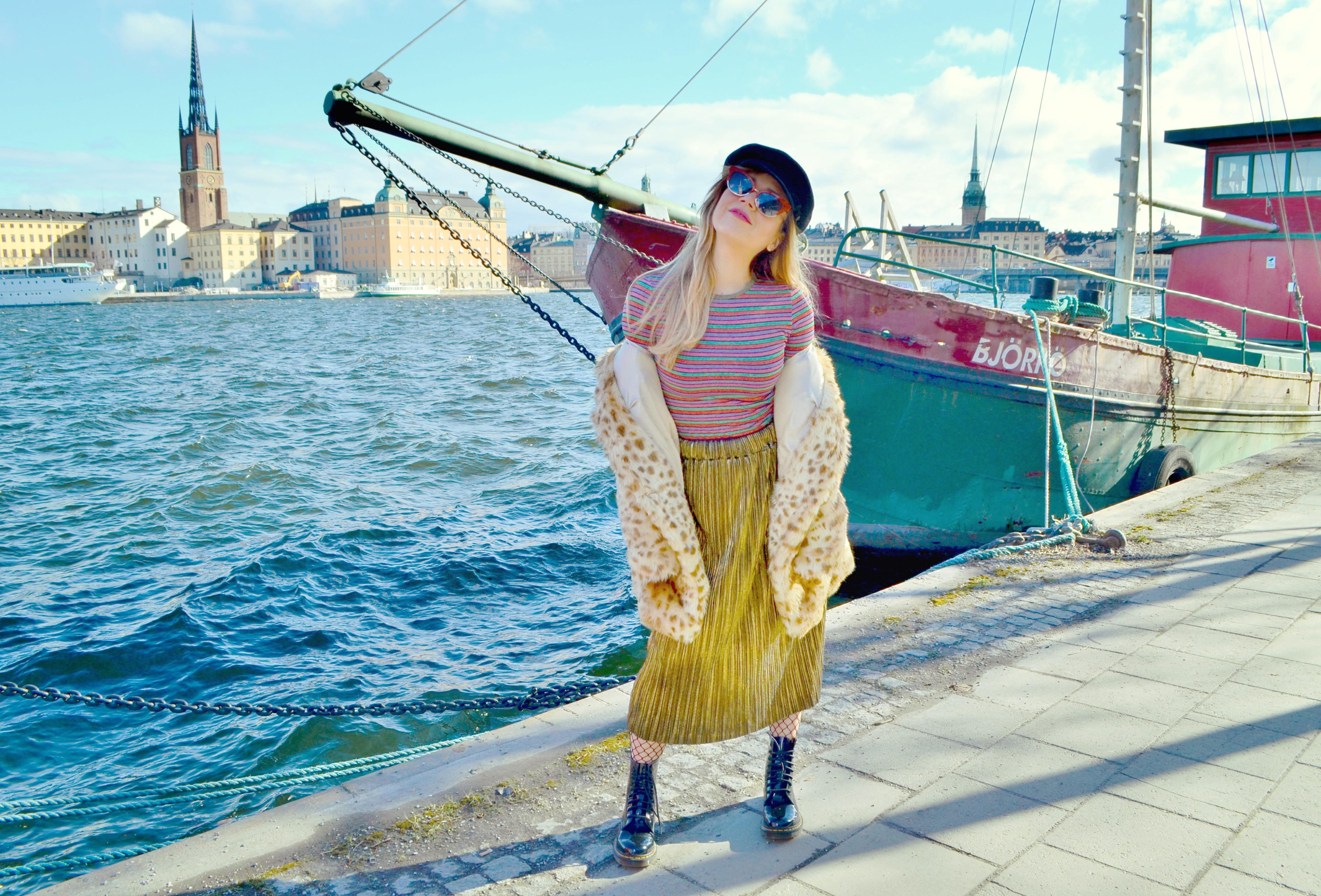 Look-de-invierno-gafas-zara-DrMartens-style-chicadicta-fashionista-blog-de-moda-influencer-PiensaenChic-Piensa-en-Chic