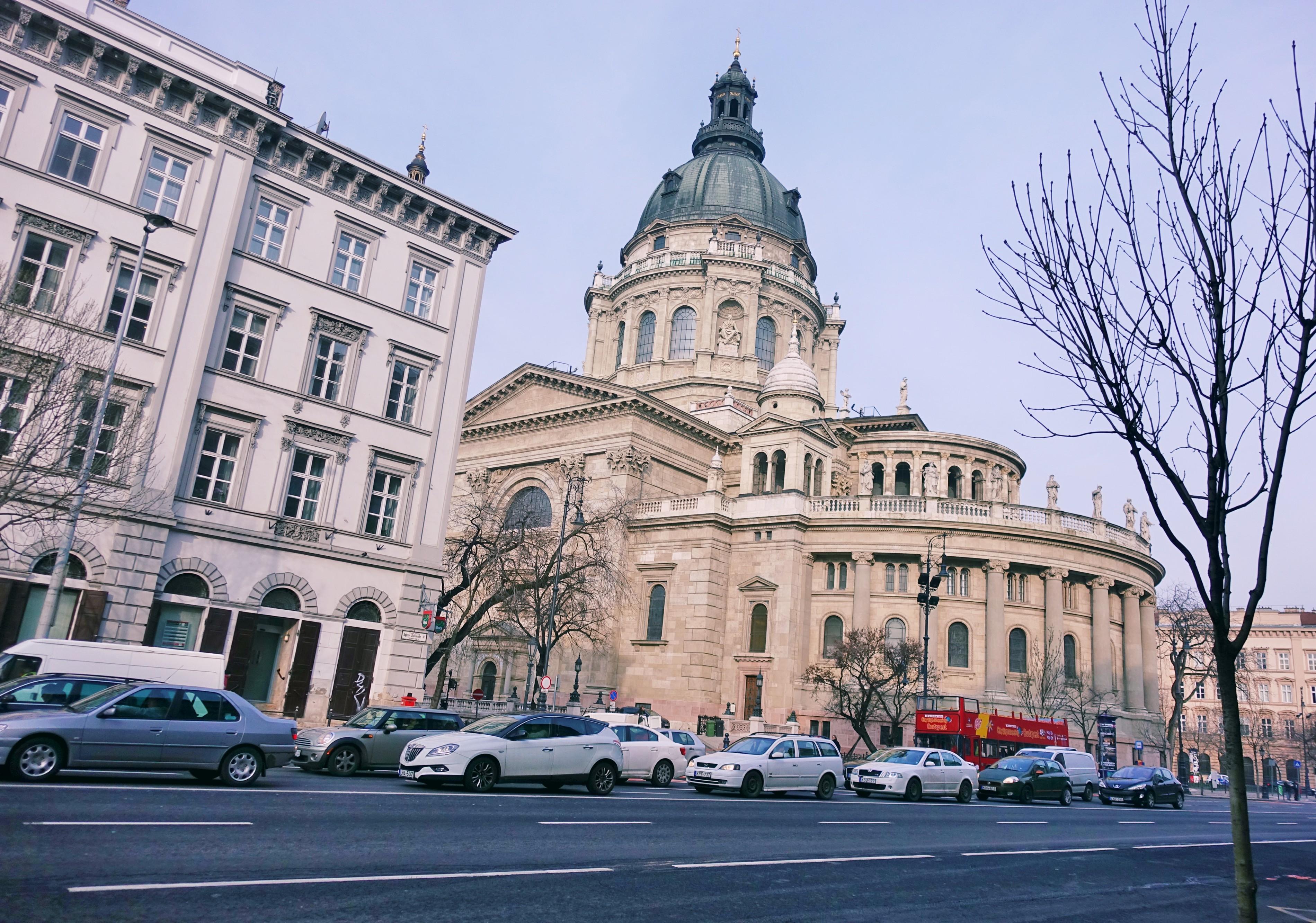 Blog-de-viajes-ChicAdicta-fashionista-influencer-Chic-Adicta-fashion-travel-Budapest-mejores-ciudades-de-europa-PiensaenChic-Piensa-en-Chic