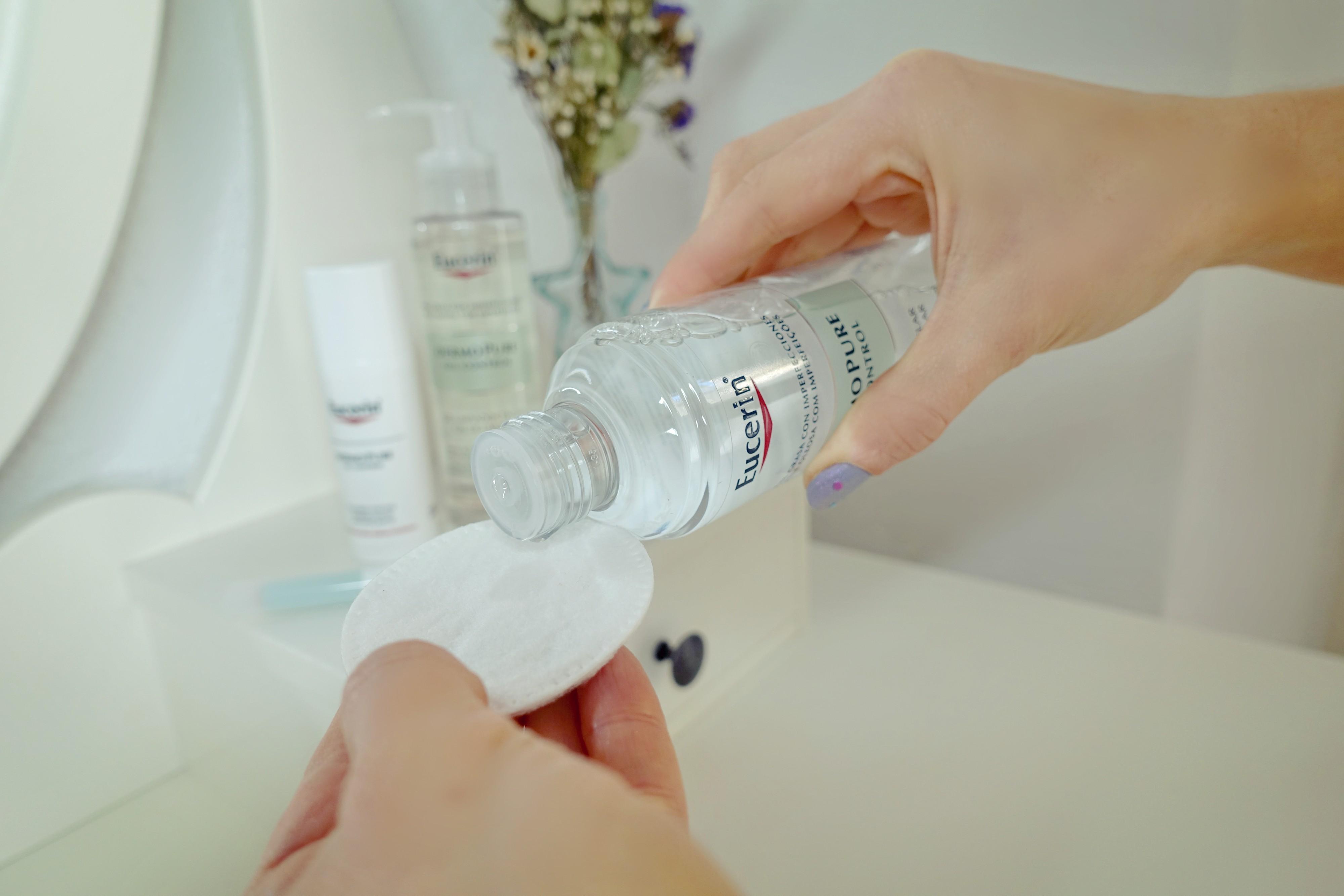 Eucerin-tratamiento-para-el-acne-blog-de-moda-ChicAdicta-influencer-remedio-espinillas-Chic-Adicta-PiensaenChic-Piensa-en-Chic