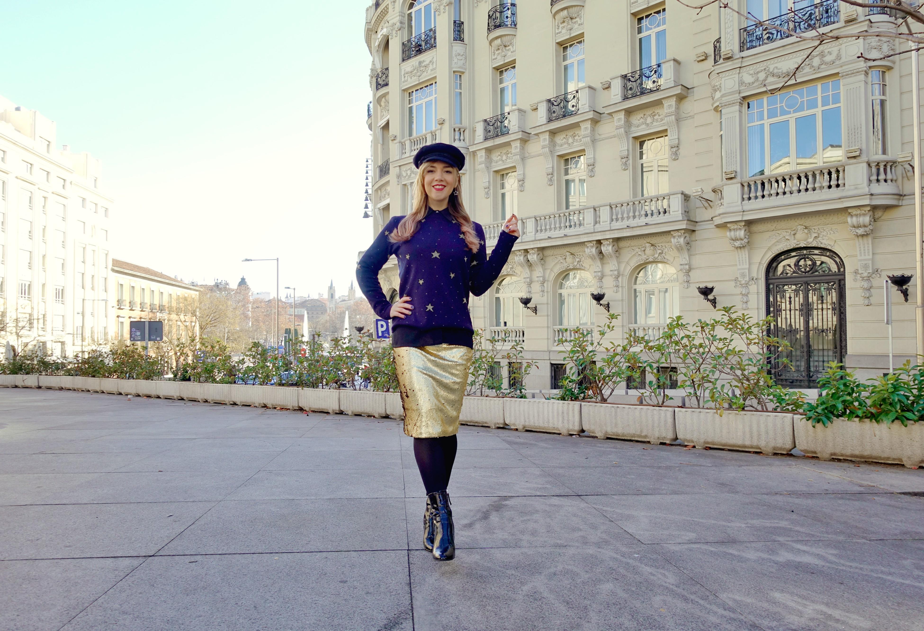 Gorritos-vintage-ChicAdicta-blog-de-moda-Madrid-Chic-Adicta-Amichi-look-dorado-influencer-stars-sweater-PiensaenChic-Piensa-en-Chic