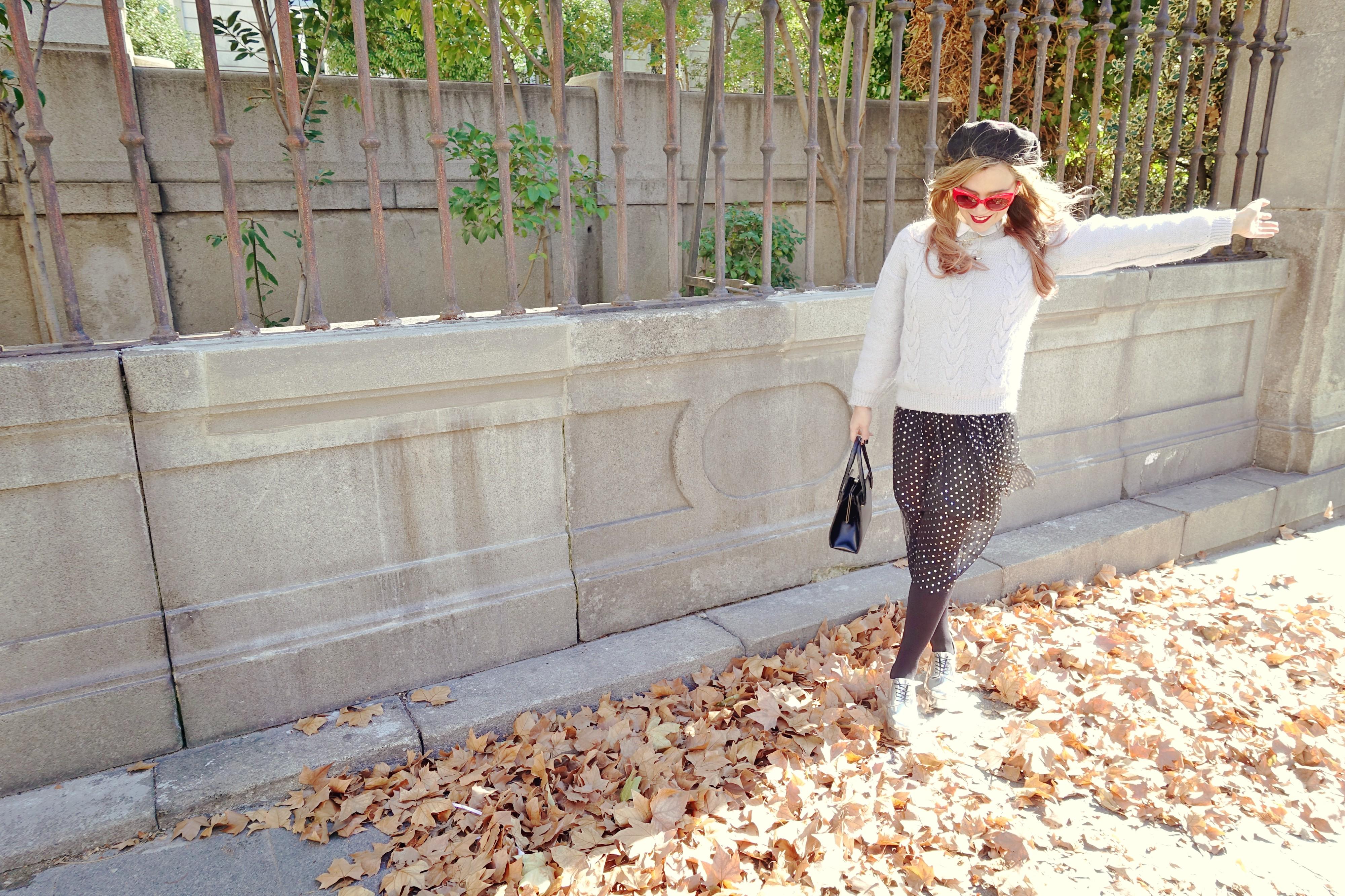Vestido-de-lunares-primark-blog-de-moda-ChicAdicta-fashionista-influencer-Madrid-Chic-Adicta-gafas-retro-accesorios-laliblue-PiensaenChic-Piensa-en-Chic