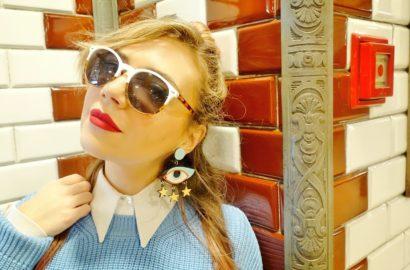 Gafas-blancas-blog-de-moda-influencer-Chicadicta-pendientes-divertidos-Chic-adicta-fashion-travel-budapest-labial-rojo-PiensaenChic-Piensa-en-Chic