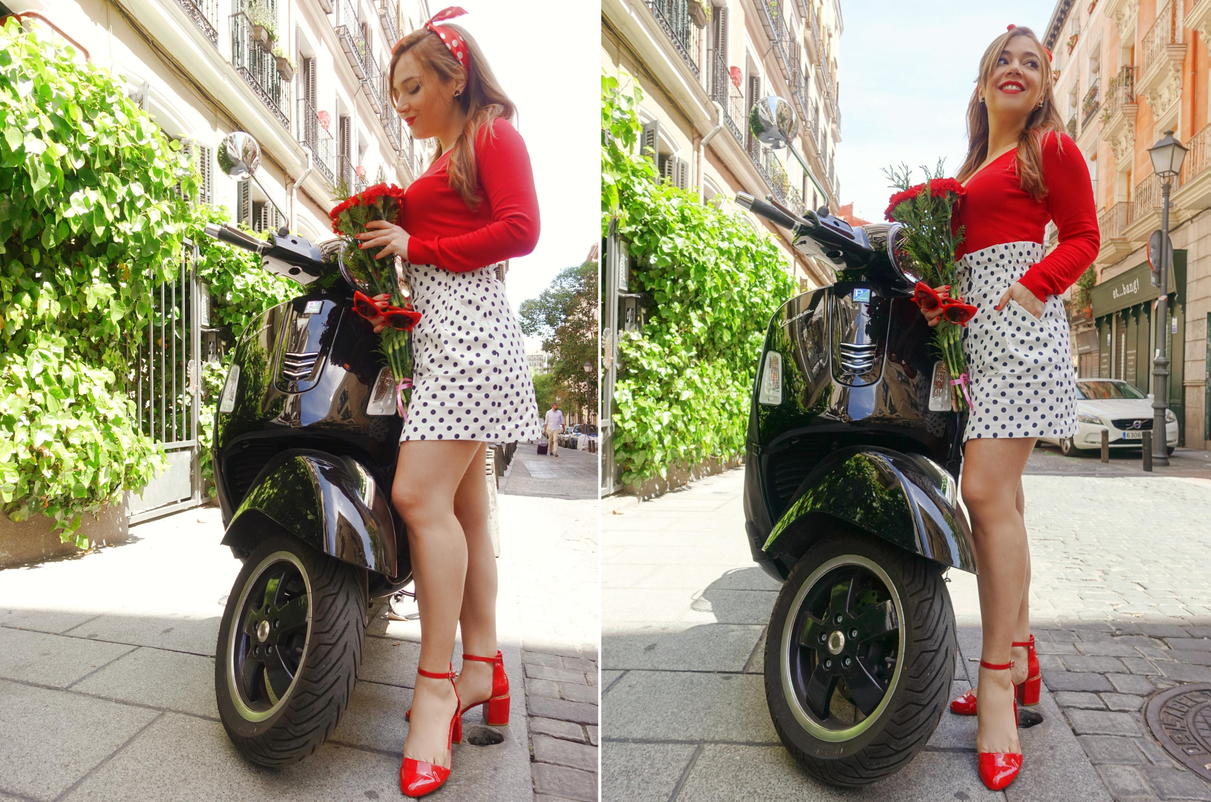 Falda-de-lunares-polka-dot-look-ChicAdicta-blog-de-moda-PiensaenChic-Chic-Adicta-influencer-vespa-red-style-Piensa-en-Chic