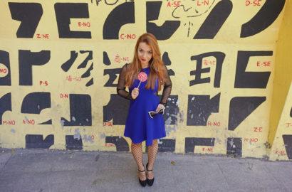 Vestidos-fiesta-verano-2018-bcbg-showroomprive-ChicAdicta-influencer-Chic-Adicta-Piensaenchic-blue-outfit-Piensa-en-Chic
