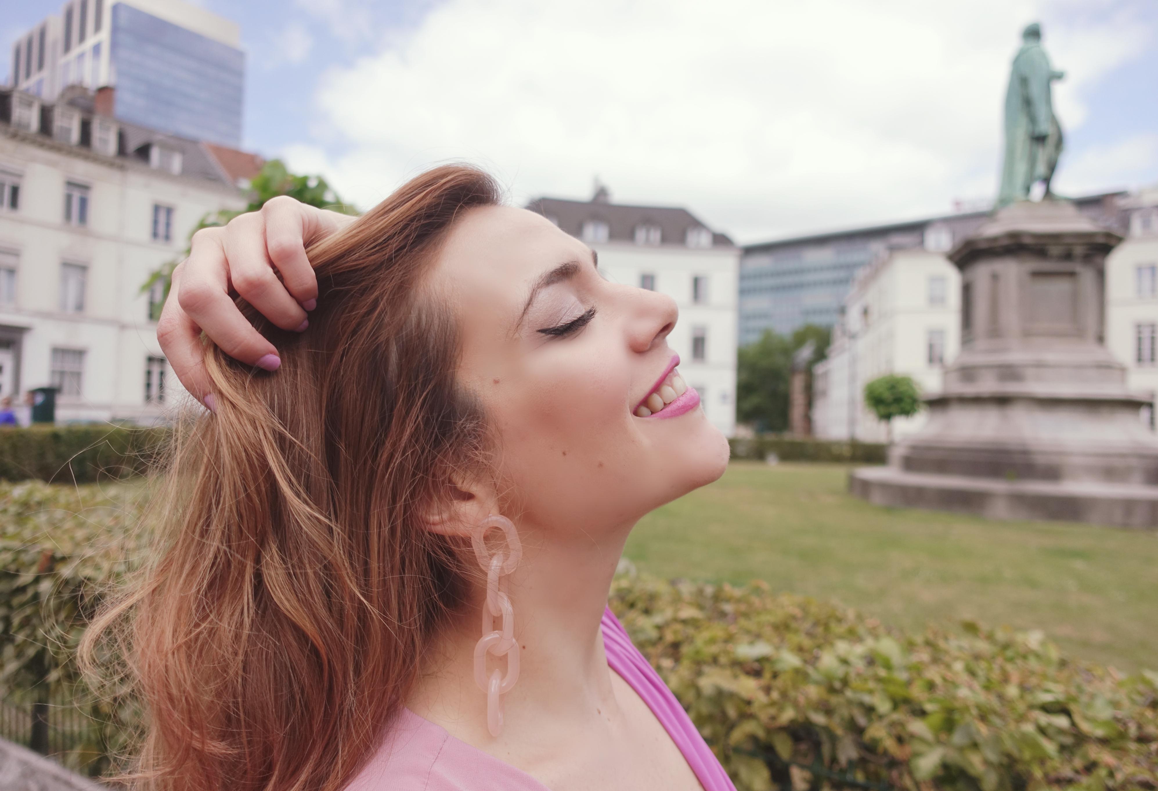 Fashionista-blog-de-moda-ChicAdicta-influencer-Piensa-en-Chic-pendientes-largos-vestidos-invitadas-boda-Margarita-munoz-PiensaenChic-Chic-Adicta