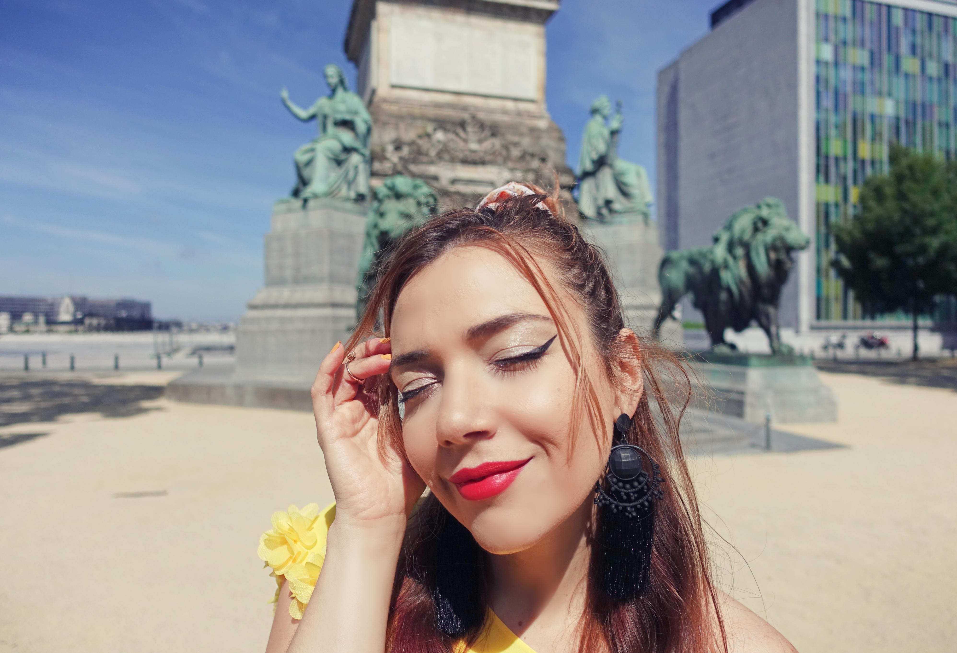 Maquillaje-de-verano-blog-de-moda-ChicAdicta-fashionista-influencer-espana-PiensaenChic-Chic-adicta-pendientes-largos-Piensa-en-Chic-fashion-travel
