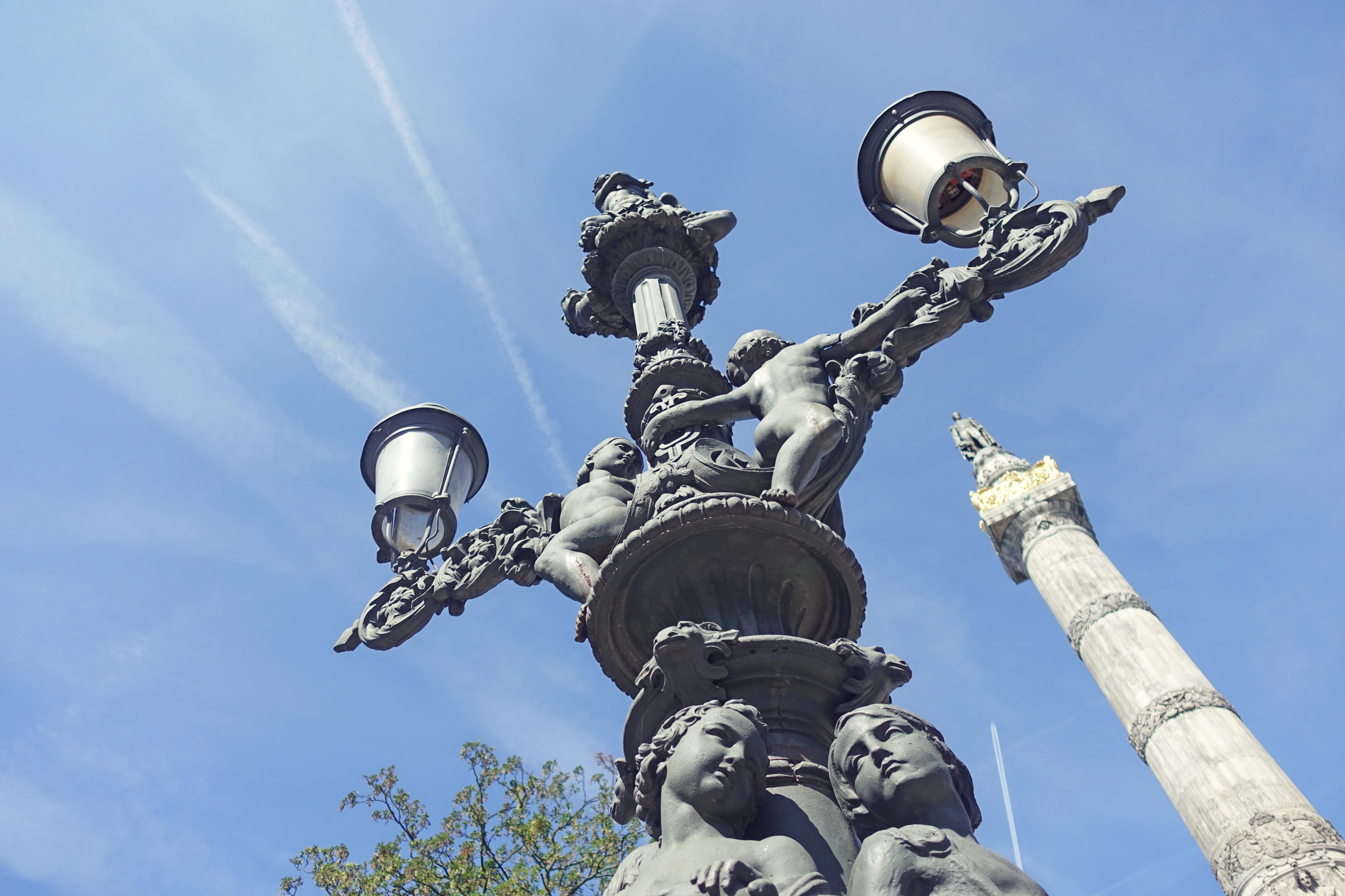 Plaza-del-congreso-bruselas-blog-de-viajes-Chicadicta-influencer-Chic-adicta-fashion-travel-PiensaenChic-Piensa-en-Chic