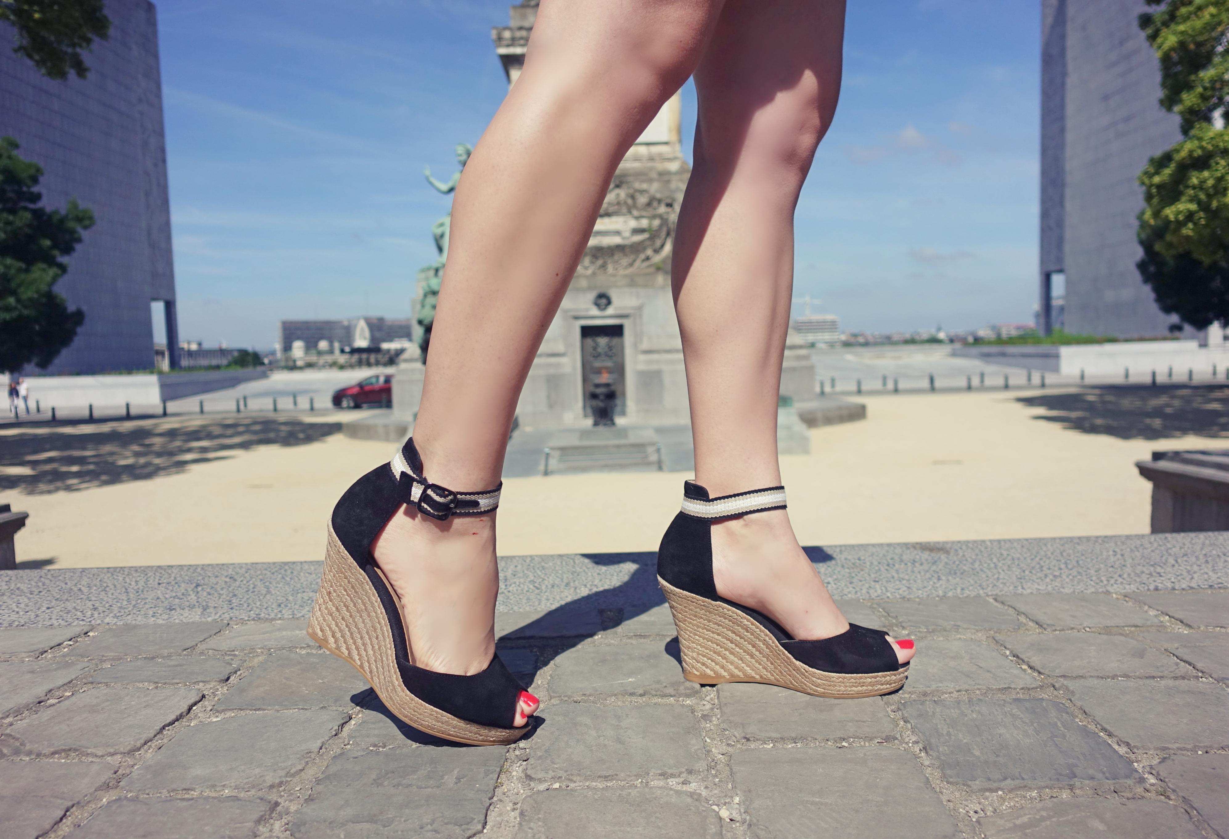 Sandalias-Toni-pons-blog-de-moda-ChicAdicta-influencer-fashionista-PiensaenChic-sandals-summer18-cunas-negras-Piensa-en-Chic-Chic-adicta