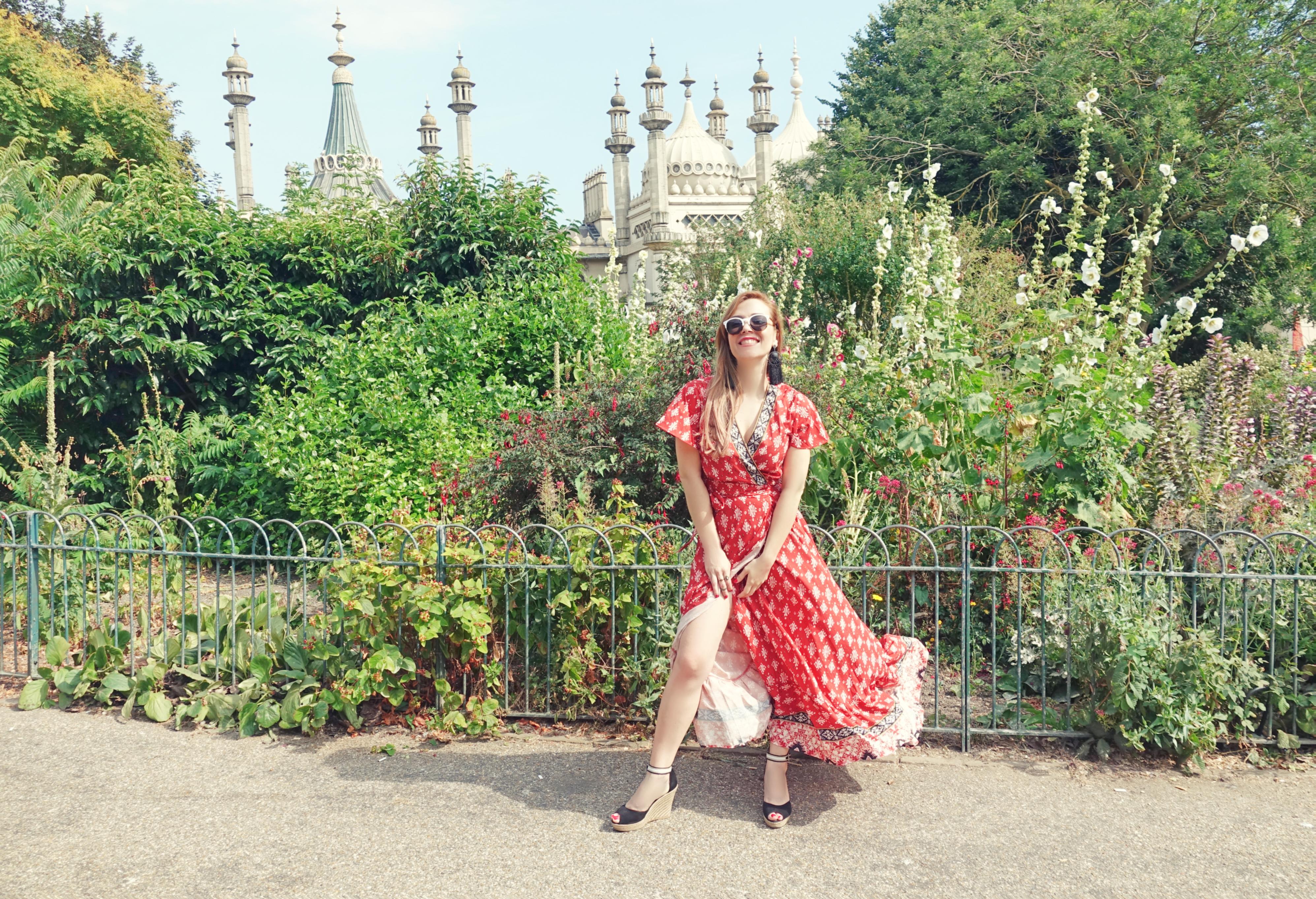 ChicAdicta-blog-de-viajes-fashionista-Chic-adicta-Royal-Pavilion-brighton-floryday-vestidos-PiensaenChic-zapatos-tonipons-Piensa-en-Chic