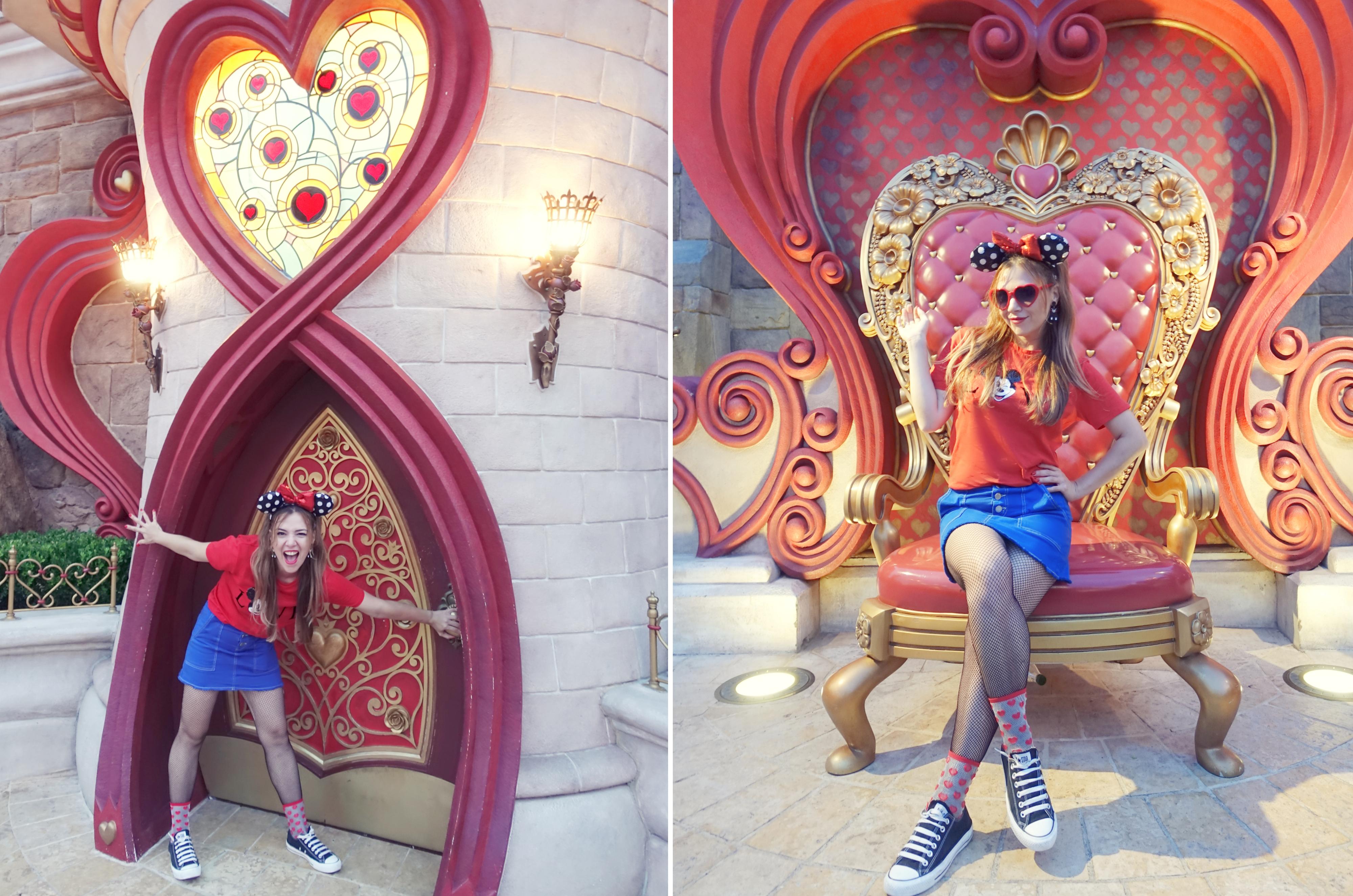 Alicia-en-el-pais-de-las-maravilla-Shanghai-Disney-Resort-Chicadicta-travel-fashion-influencer-PiensaenChic-blog-de-moda-Reina-de-corazones-Disney-look-converse-style-Chic-adicta-Piensa-en-Chic