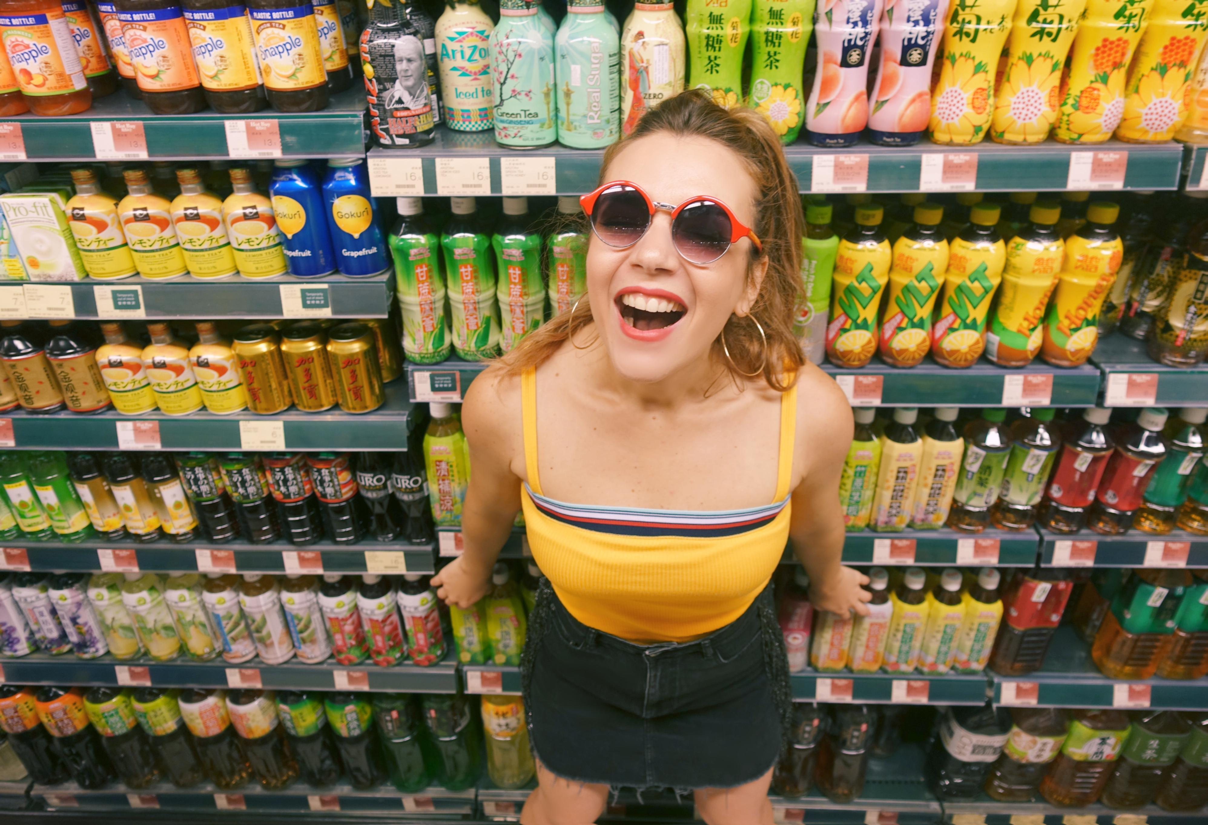 Blog-de-moda-Chicadicta-influencer-Piensa-en-Chic-fashion-travel-que-ver-en-hong-kong-supermercado-chino-PiensaenChic-Chic-adicta