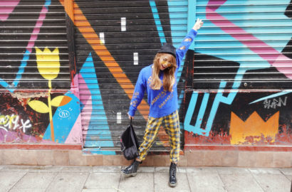Fashionista-trends-fall-Chicadicta-influencer-madrid-blog-de-moda-malasana-arte-urbano-drmartens-look-Chic-adicta-Piensa-en-Chic