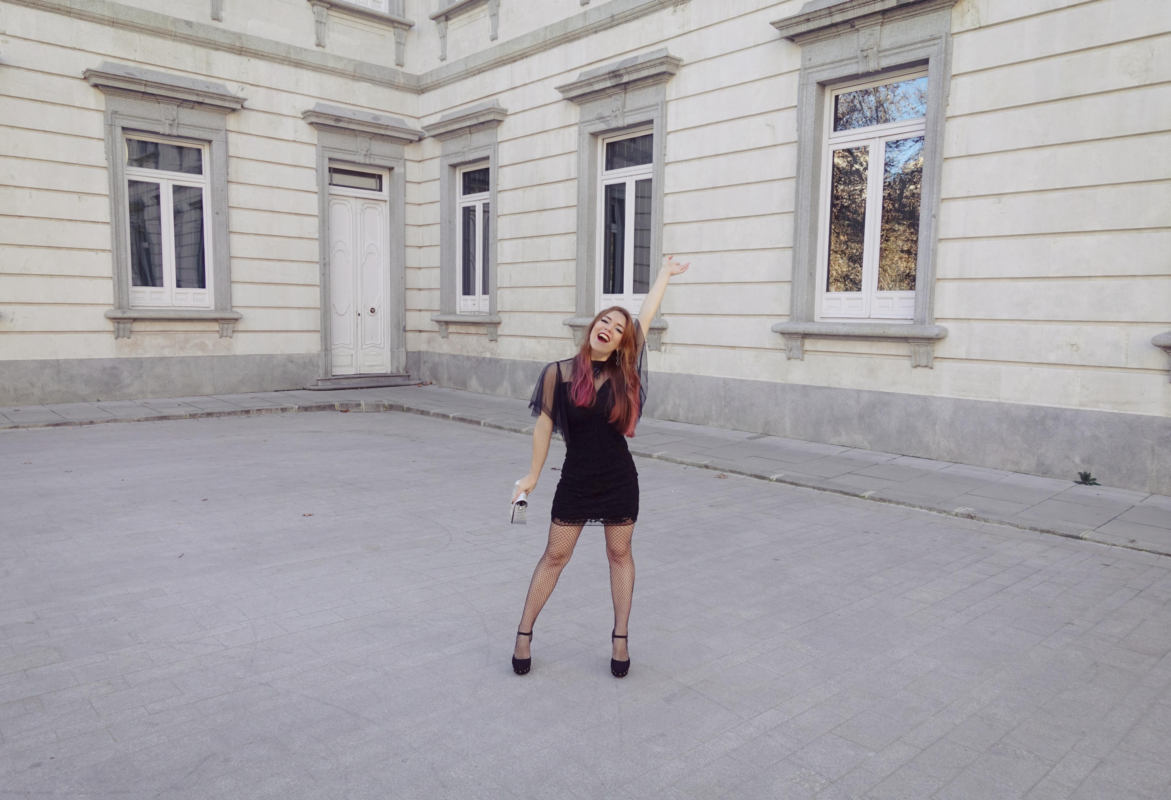 Blog-de-moda-Chicadicta-influencer-Piensaenchic-fashionista-look-noche-vieja-vestido-molly-bracken-chic-adicta-madrid-Piensa-en-Chic