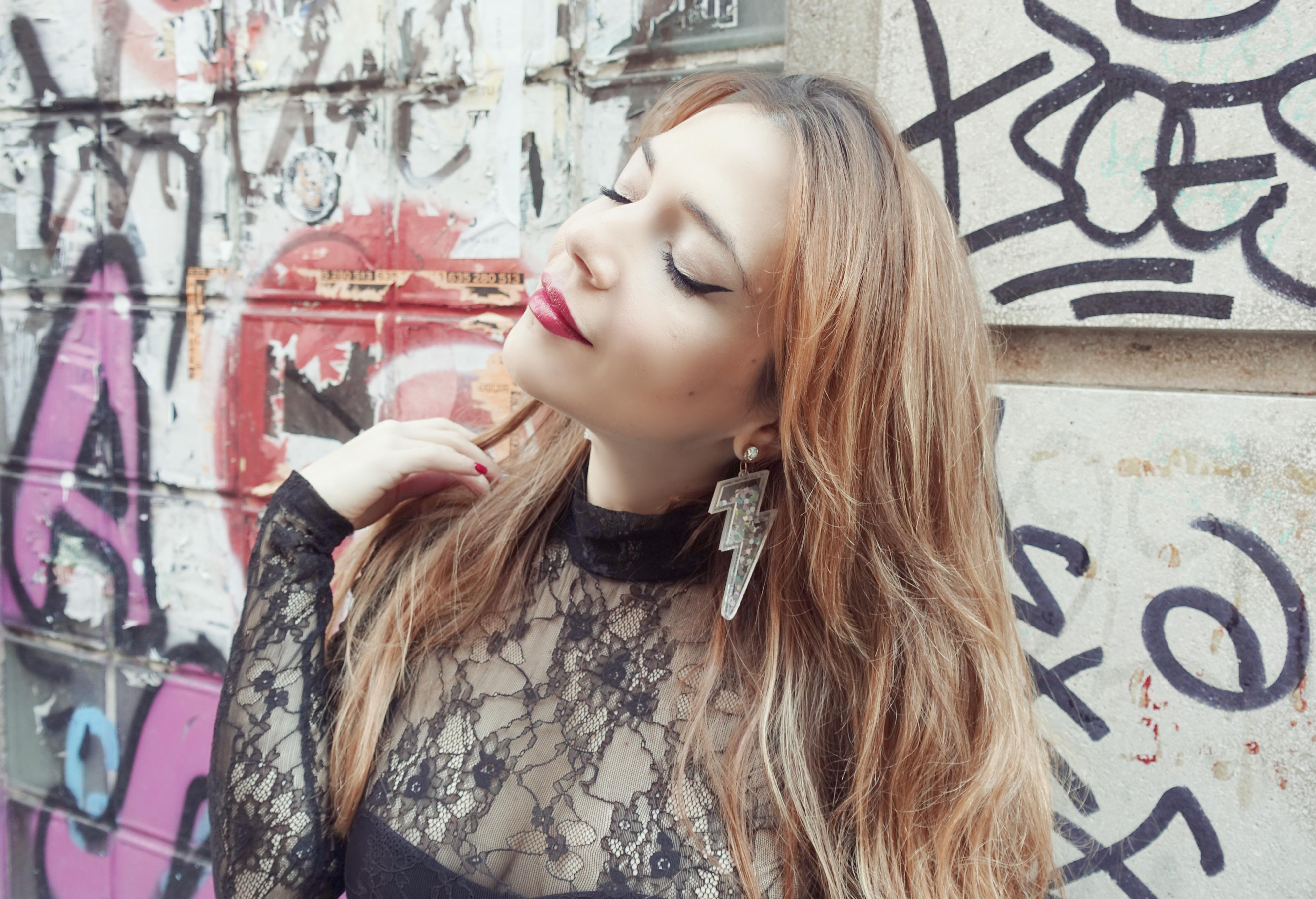 Pendientes-largos-blog-de-moda-Chicadicta-PiensaenChic-influencer-fashionista-Primark-look-pretty-blogger-madrid-Piensa-en-Chic-body-Chic-adicta