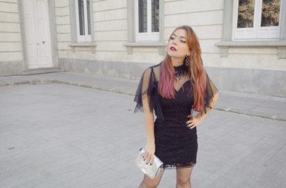 Vestidos-negro-pelo-rosa-Chic-adicta-Piensa-en-Chic-blog-de-moda-influencer-street-style-madrid-accesorios-plata-,olly-bracken-chic-adicta-Piensa-en-Chic