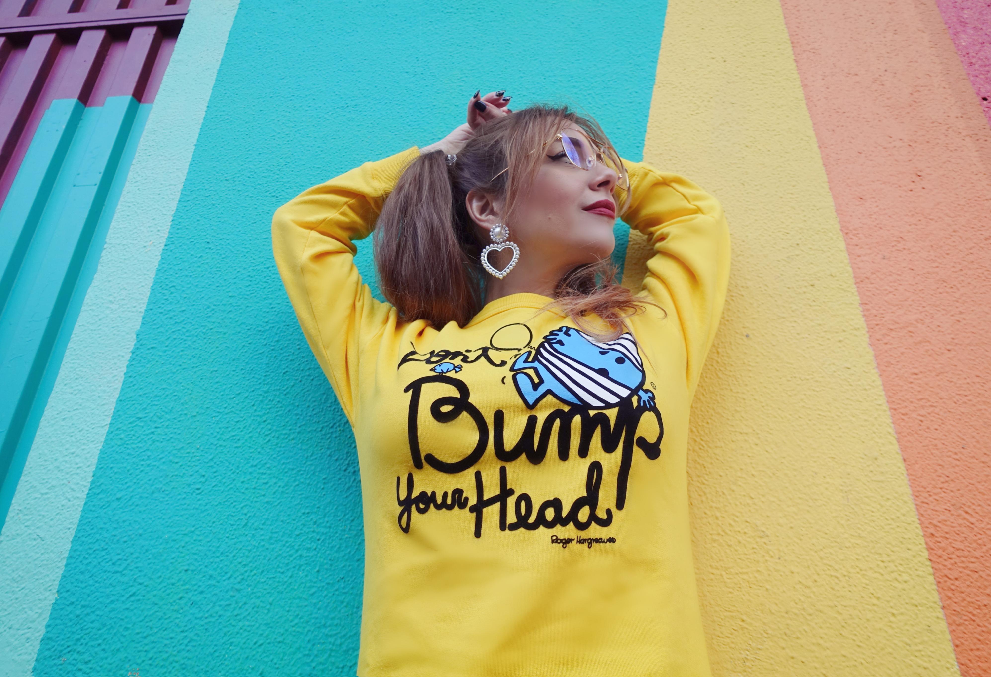 hk-chocoolate-clothes-Chicadicta-blog-de-moda-PiensaenChic-fashionista-sudaderas-de colores-gafas-doradas-ootd-chic-adicta-Piensa-en-Chic