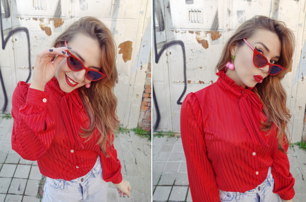 gafas-retro-fashionista-influencer-chicadicta-piensaenchic-blog-de-moda-vintage-blouses-cherry-earrings-madrid-street-style-chic-adicta-piensa-en-chic